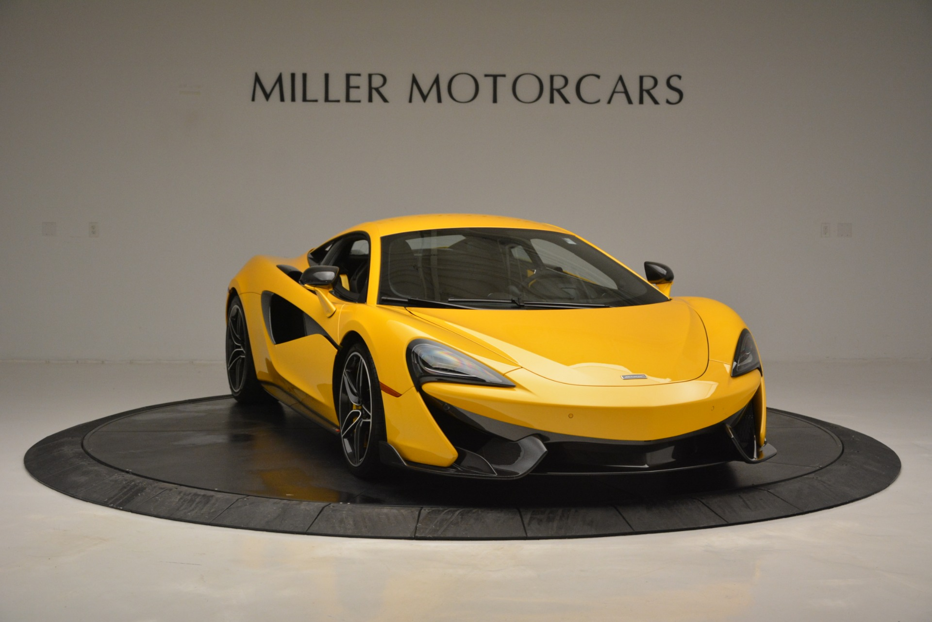 Used 2017 McLaren 570S  For Sale In Greenwich, CT 2843_p11