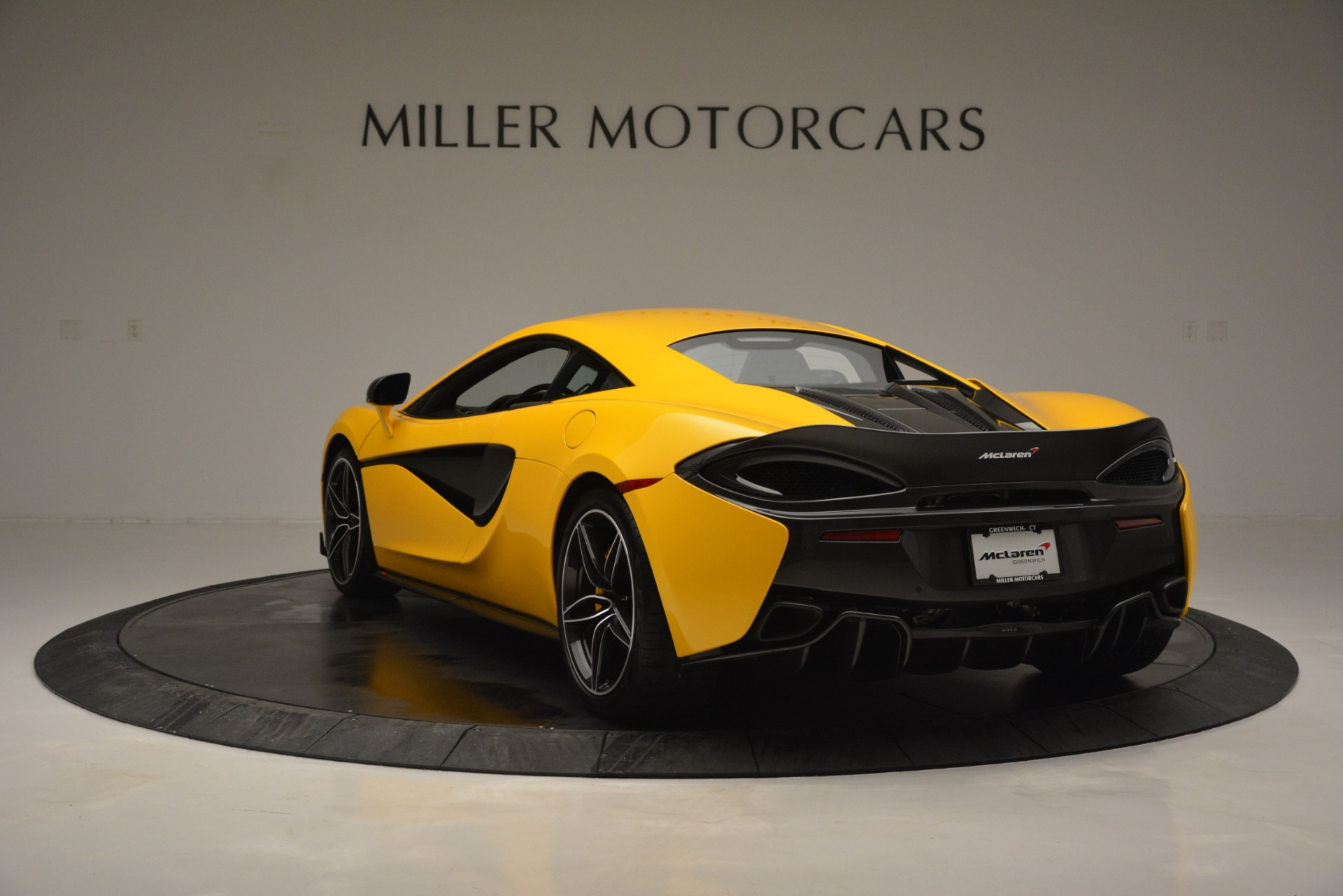 Used 2017 McLaren 570S  For Sale In Greenwich, CT 2843_p5