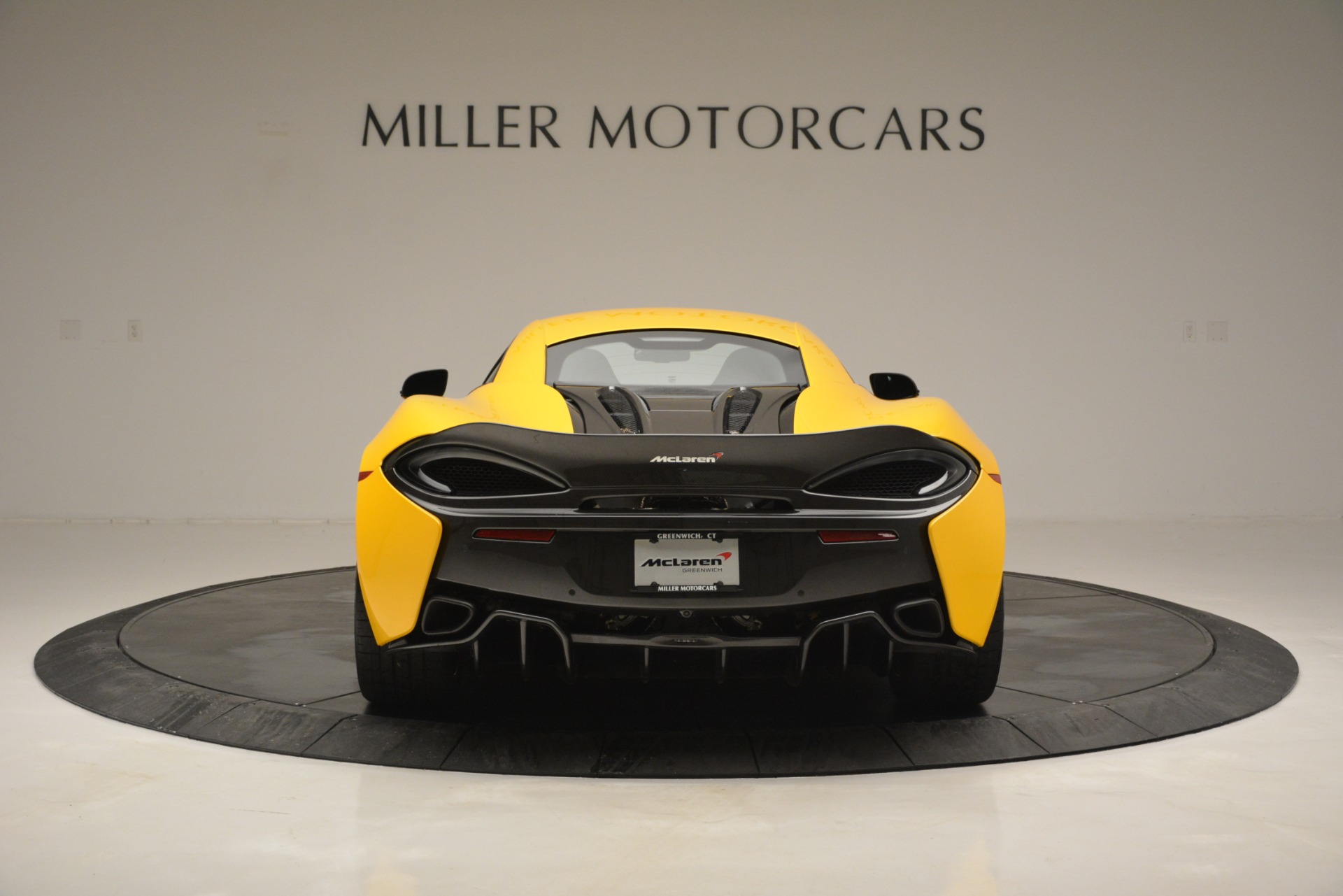 Used 2017 McLaren 570S  For Sale In Greenwich, CT 2843_p6