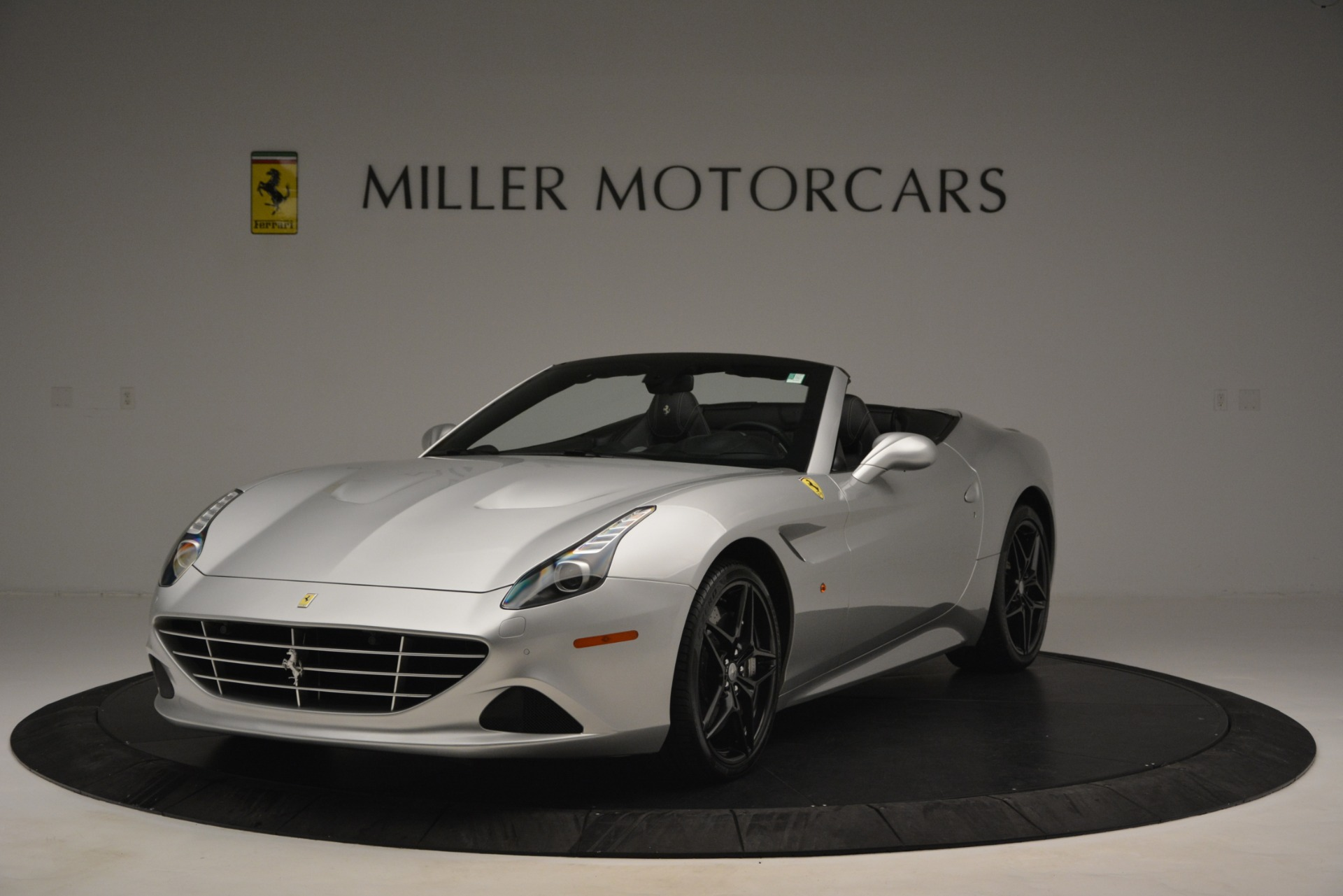 Used 2015 Ferrari California T  For Sale In Greenwich, CT 2846_main