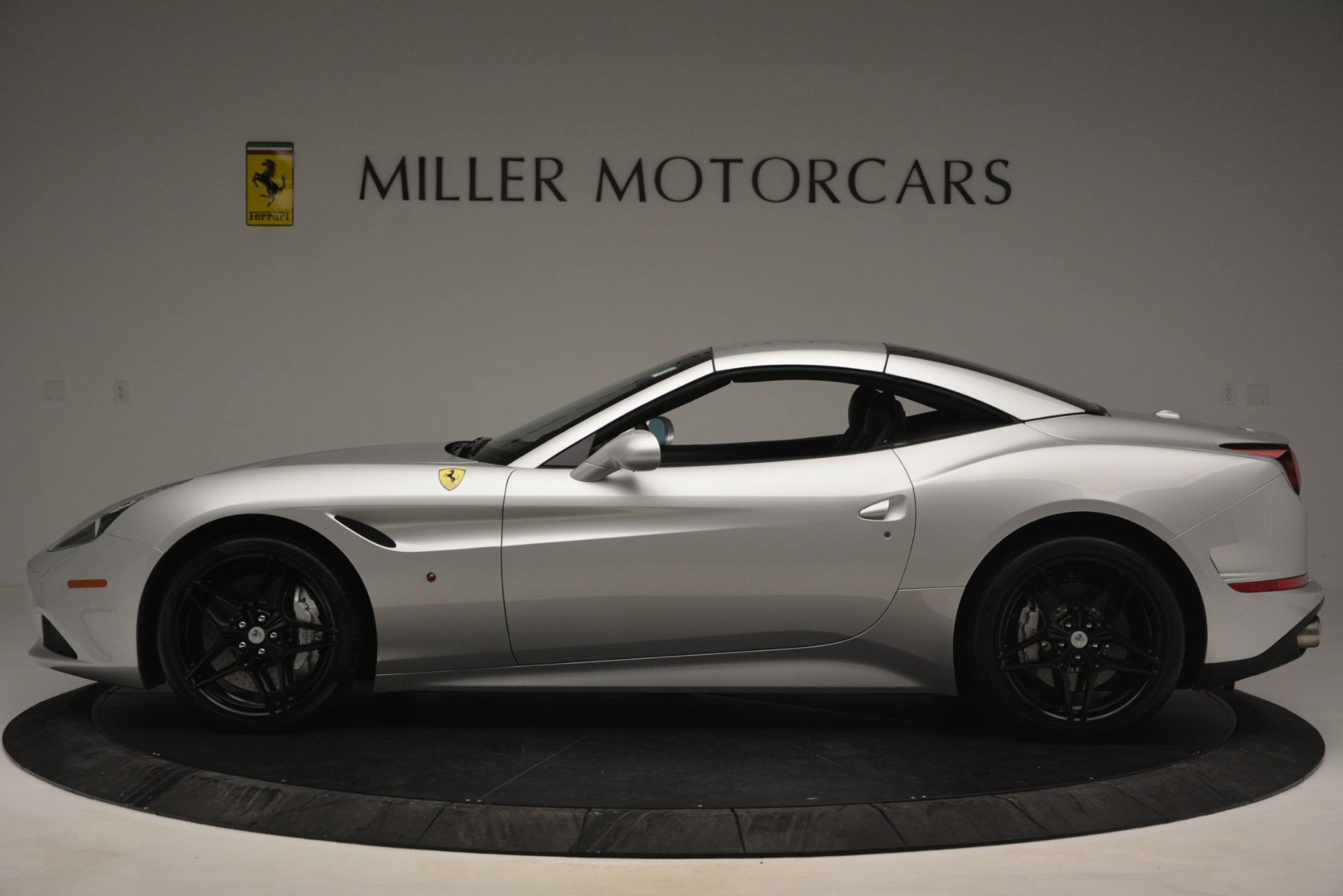 Used 2015 Ferrari California T  For Sale In Greenwich, CT 2846_p15