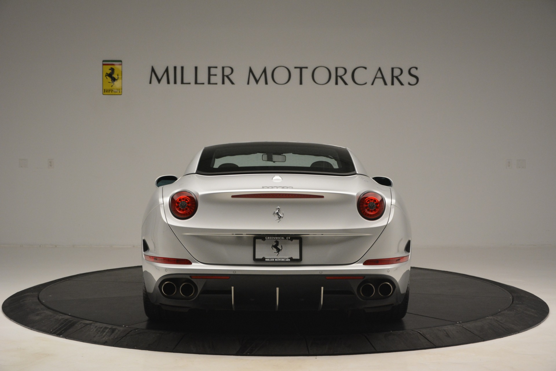 Used 2015 Ferrari California T  For Sale In Greenwich, CT 2846_p18