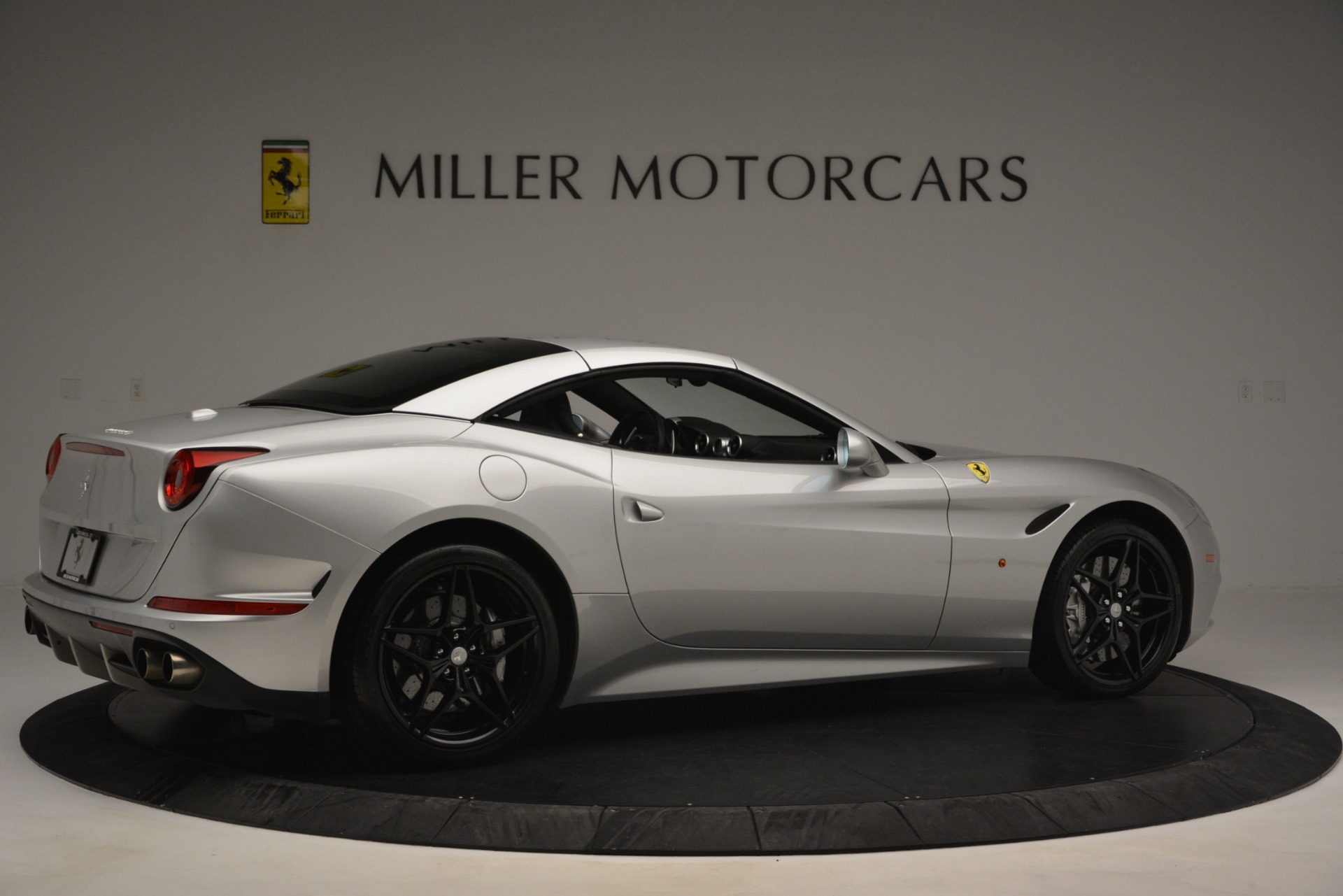 Used 2015 Ferrari California T  For Sale In Greenwich, CT 2846_p20