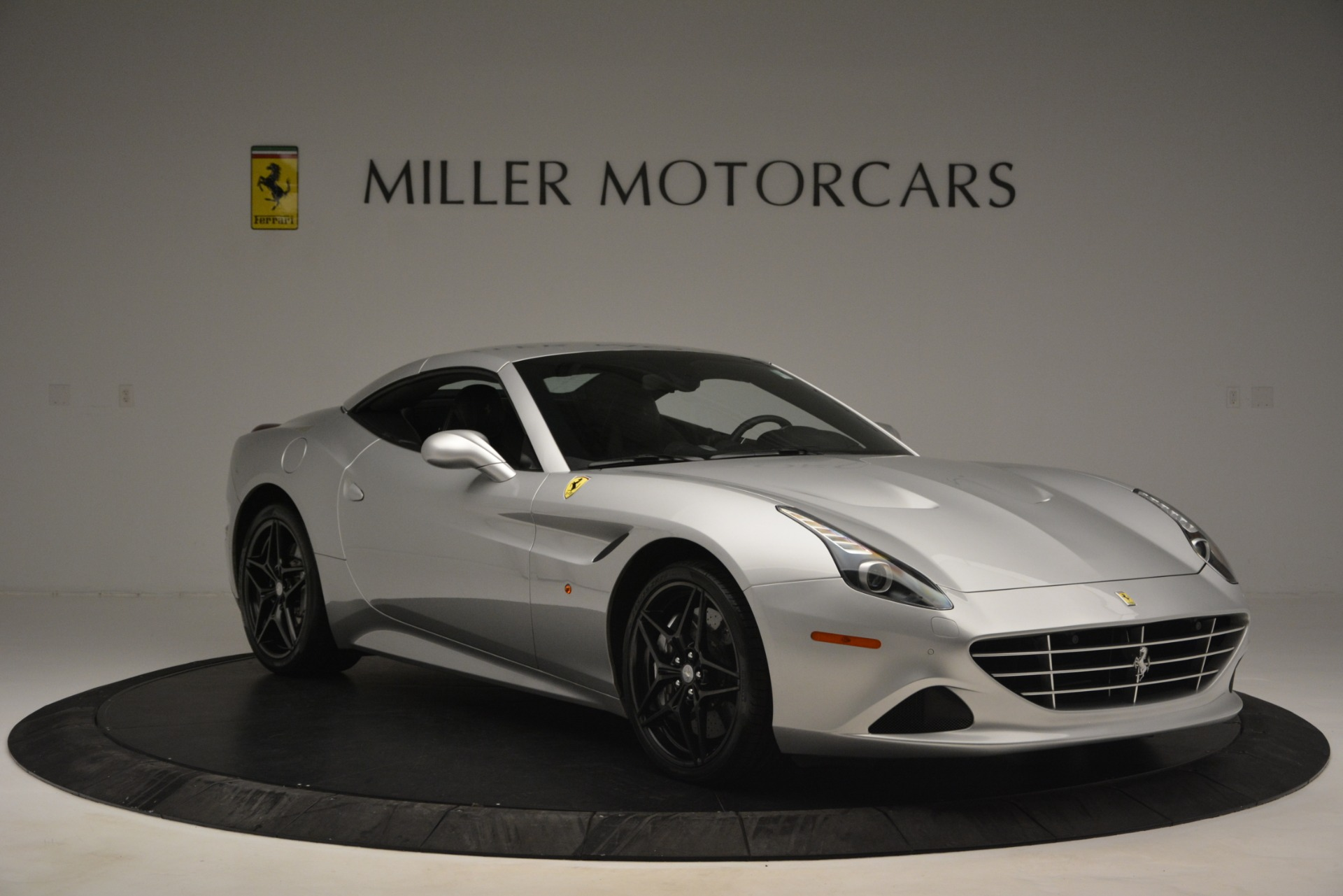 Used 2015 Ferrari California T  For Sale In Greenwich, CT 2846_p23
