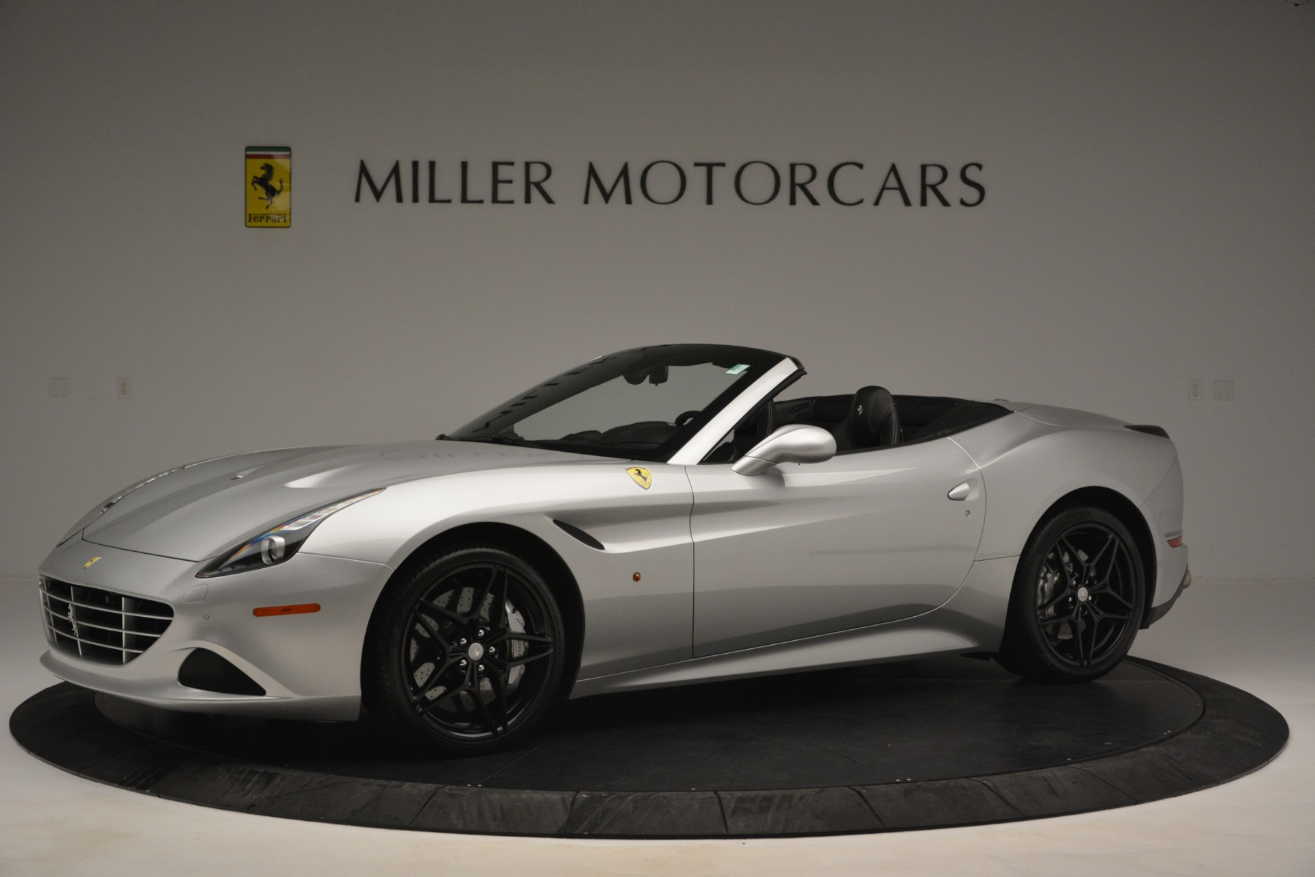 Used 2015 Ferrari California T  For Sale In Greenwich, CT 2846_p2