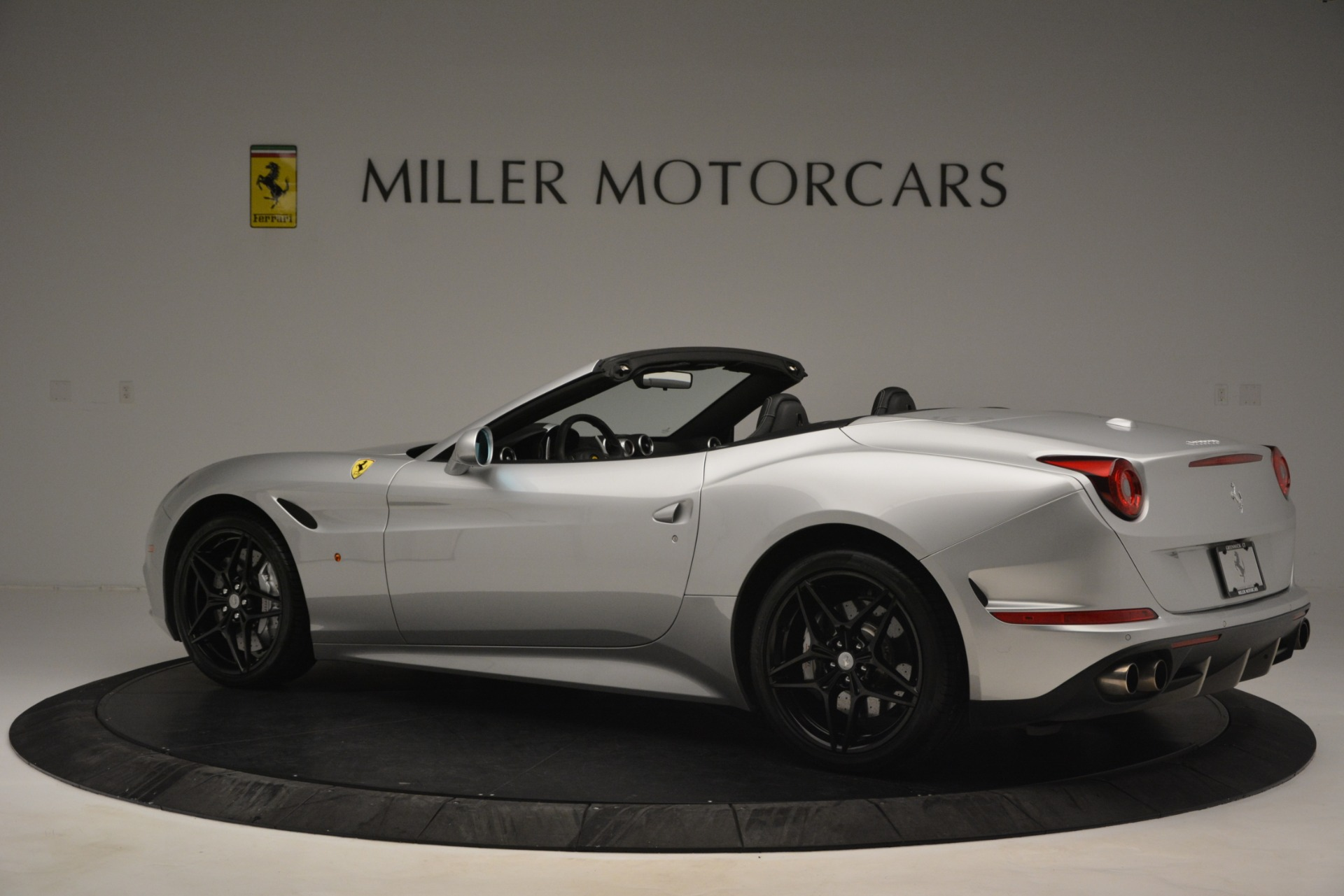 Used 2015 Ferrari California T  For Sale In Greenwich, CT 2846_p4