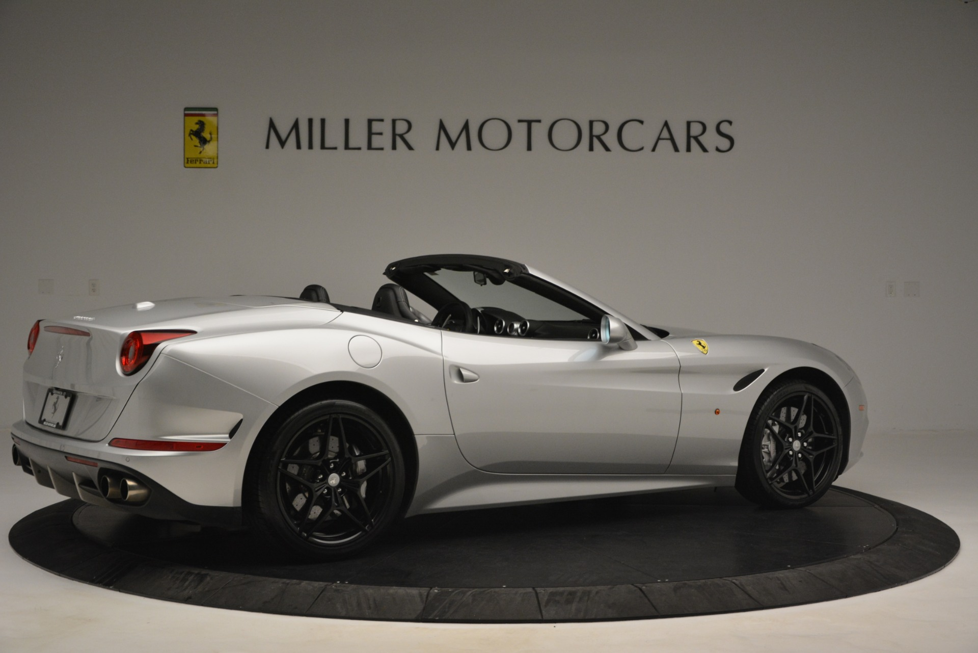 Used 2015 Ferrari California T  For Sale In Greenwich, CT 2846_p8