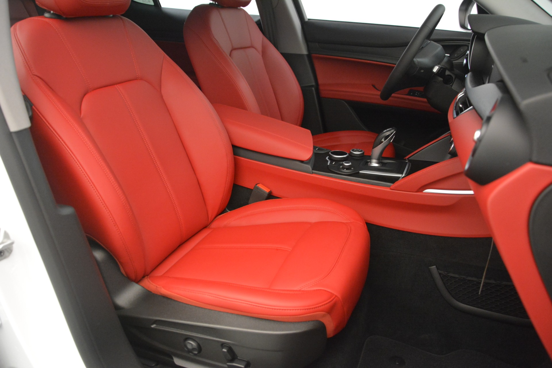 New 2019 Alfa Romeo Stelvio Q4 For Sale In Greenwich, CT 2849_p24