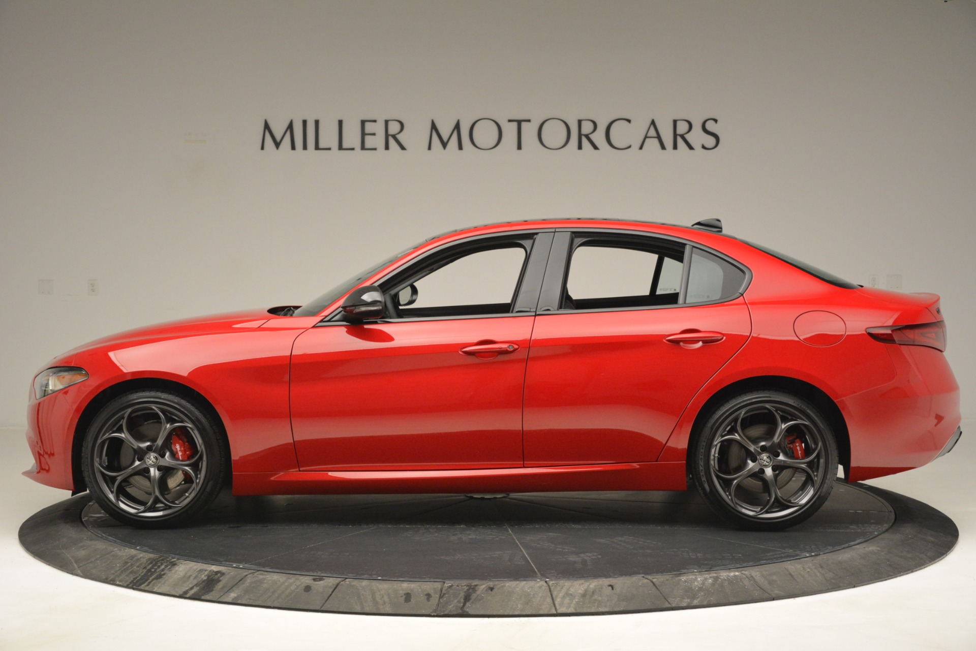 New 2019 Alfa Romeo Giulia Ti Q4 For Sale In Greenwich, CT 2853_p3