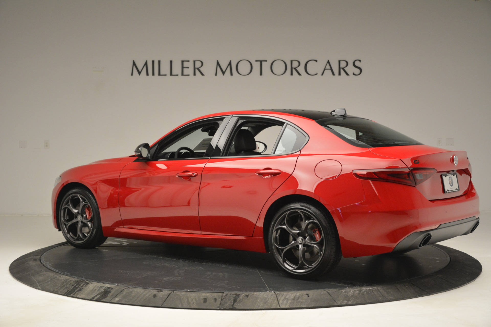 New 2019 Alfa Romeo Giulia Ti Q4 For Sale In Greenwich, CT 2853_p4