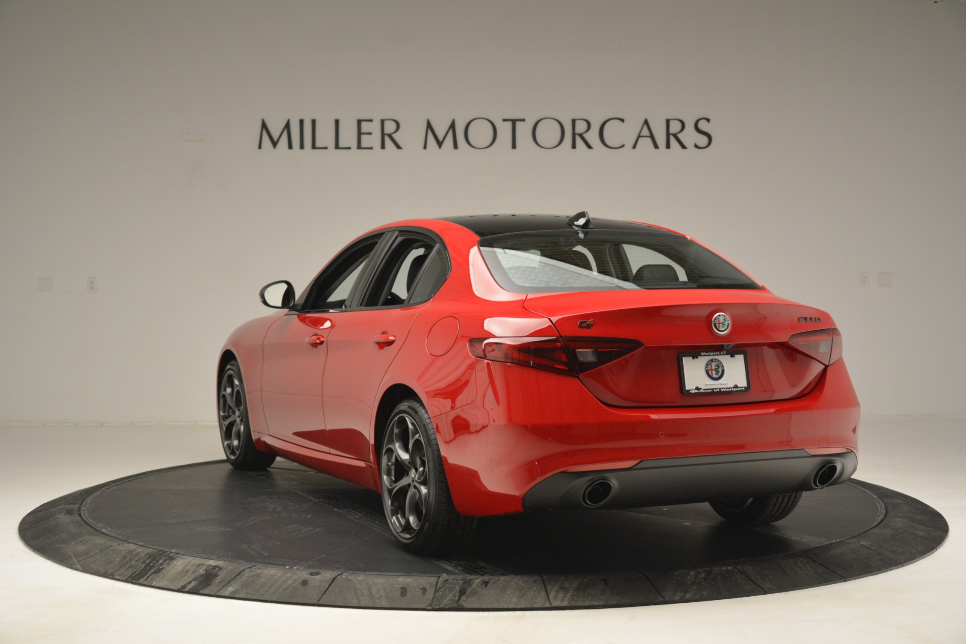 New 2019 Alfa Romeo Giulia Ti Q4 For Sale In Greenwich, CT 2853_p5