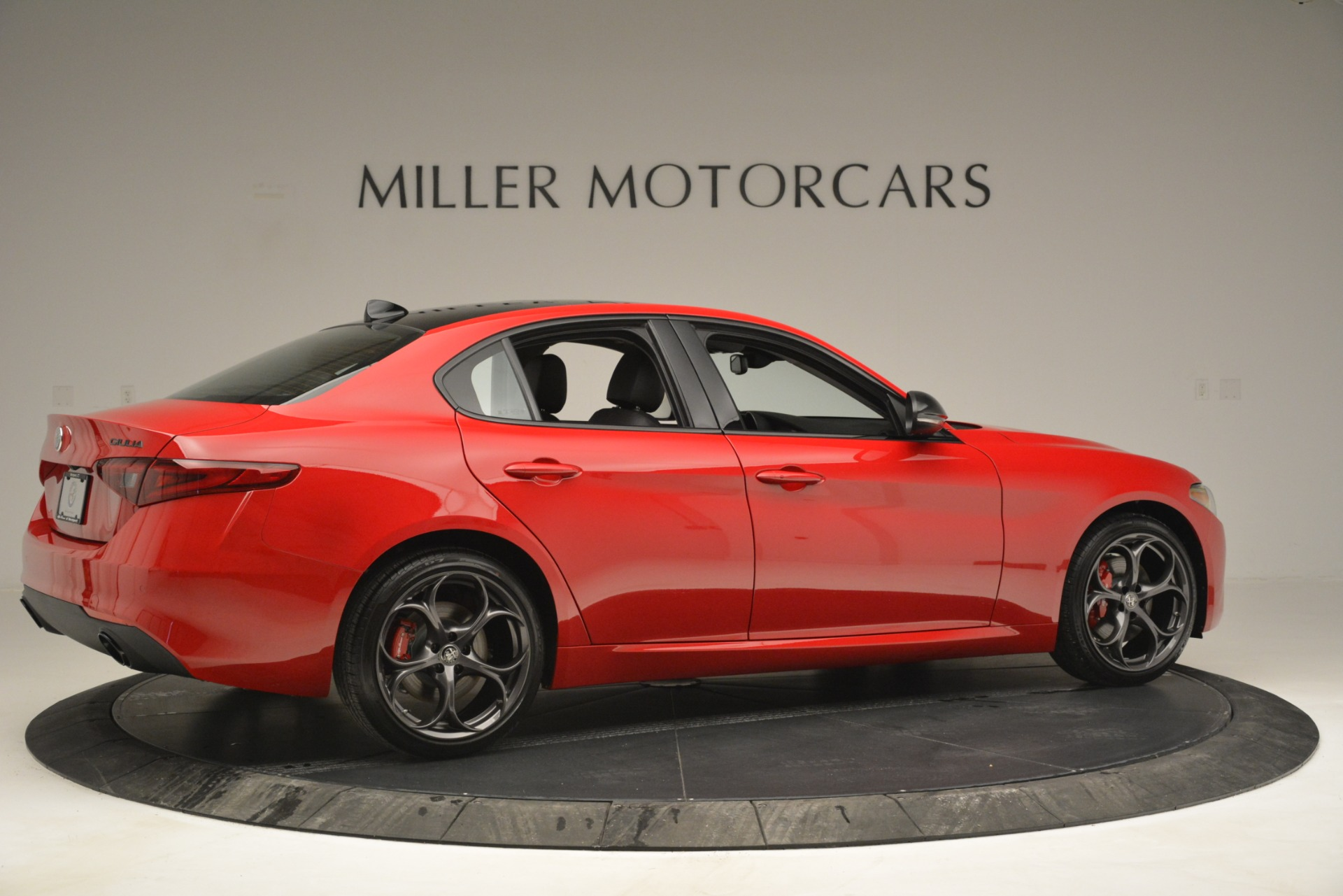 New 2019 Alfa Romeo Giulia Ti Q4 For Sale In Greenwich, CT 2853_p8