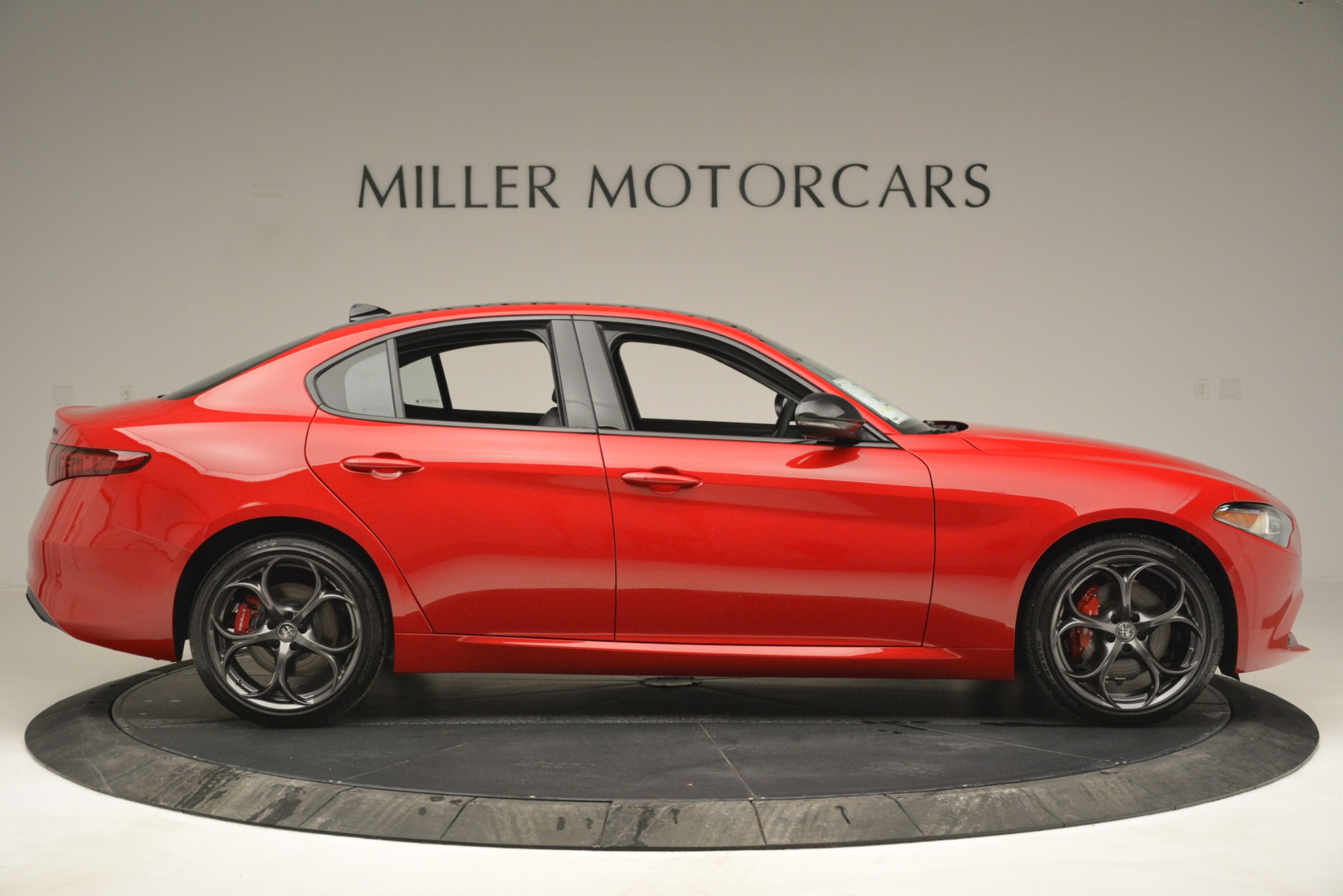 New 2019 Alfa Romeo Giulia Ti Q4 For Sale In Greenwich, CT 2853_p9