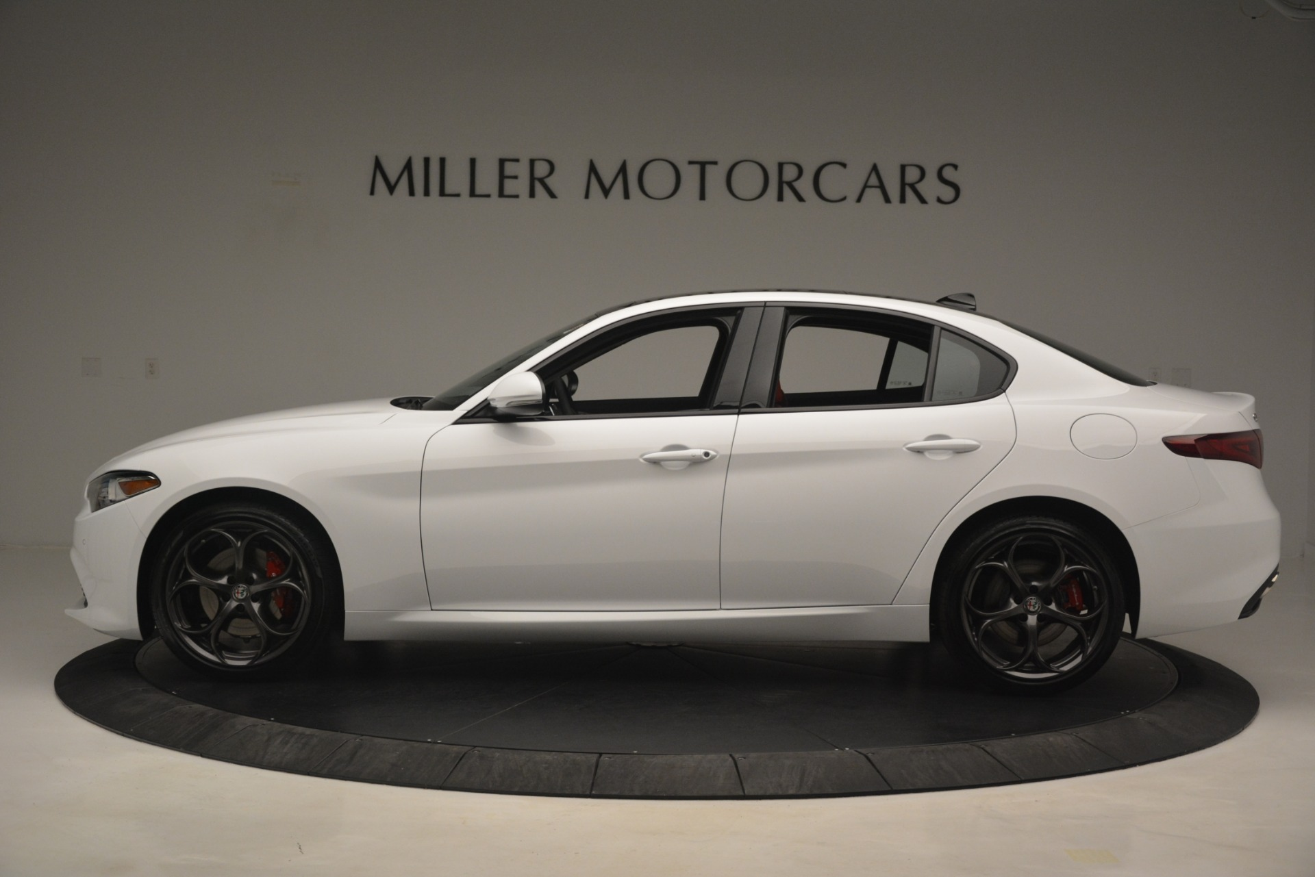 New 2019 Alfa Romeo Giulia Ti Sport Q4 For Sale In Greenwich, CT 2859_p3