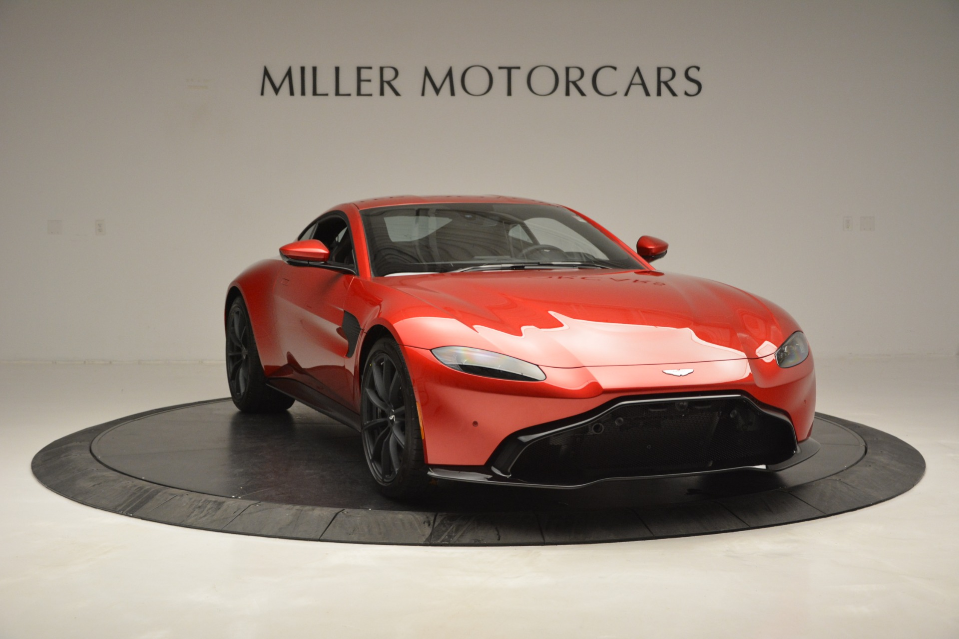 New 2019 Aston Martin Vantage  For Sale In Greenwich, CT 2866_p11