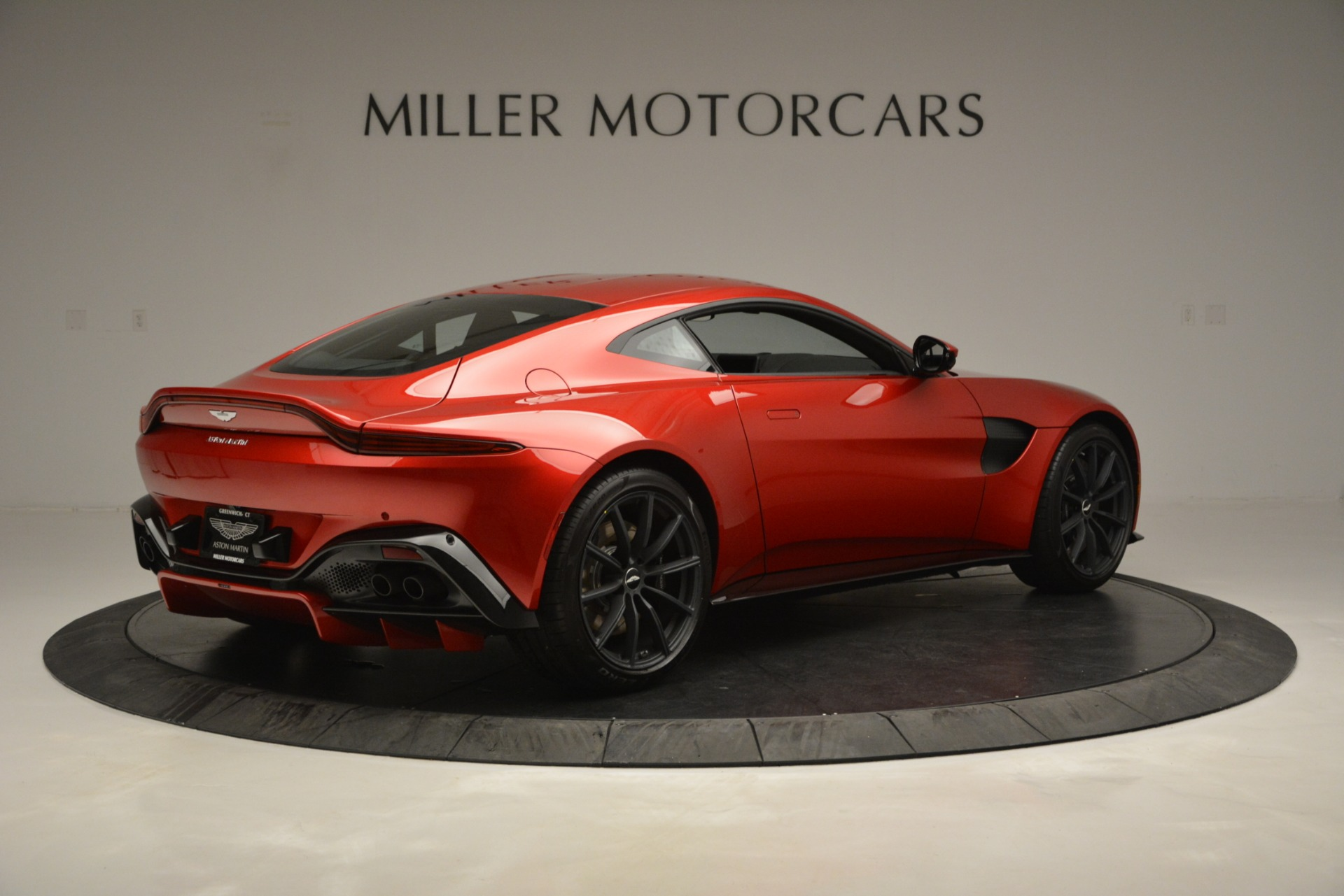 New 2019 Aston Martin Vantage  For Sale In Greenwich, CT 2866_p8