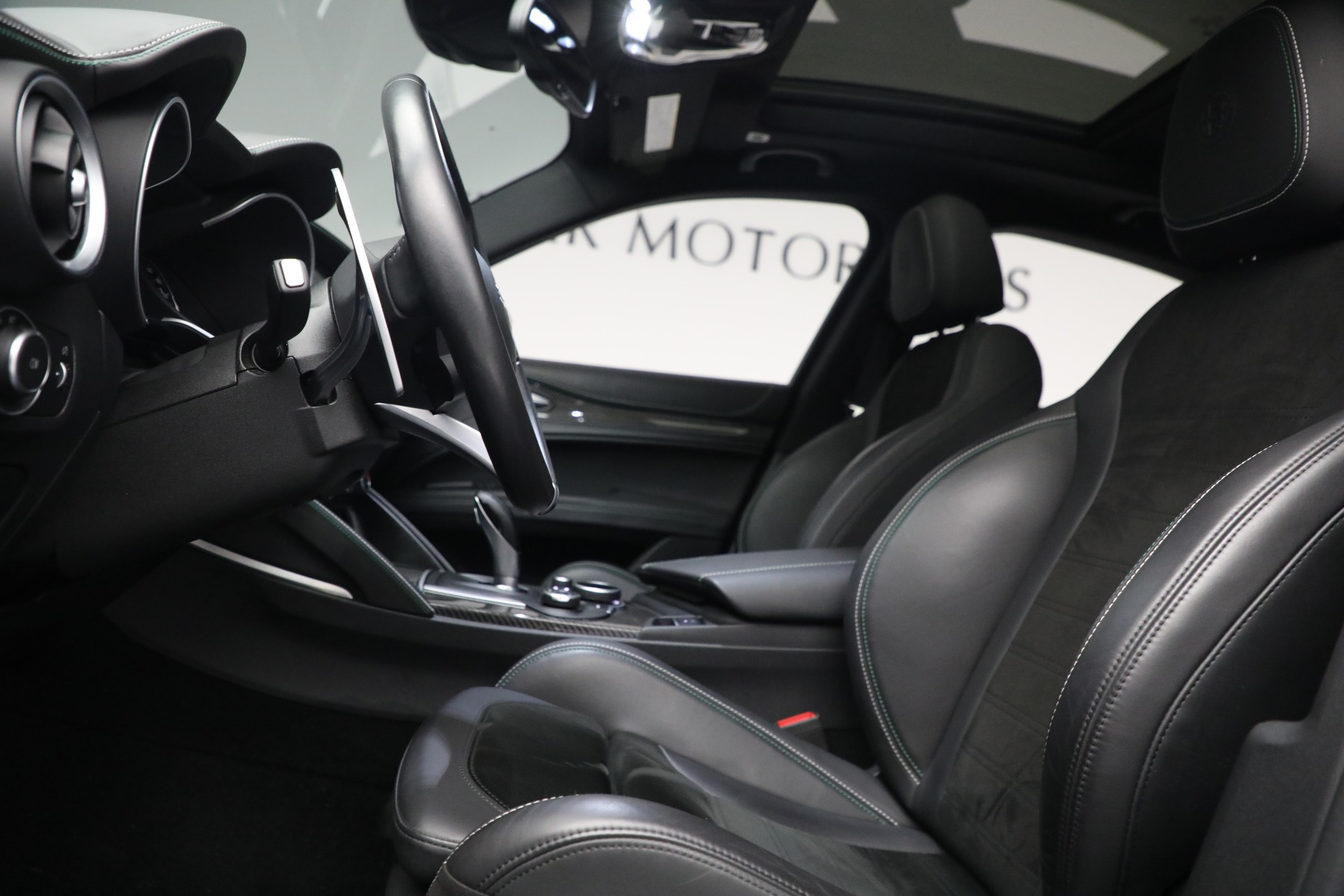 New 2019 Alfa Romeo Stelvio Quadrifoglio For Sale In Greenwich, CT 2867_p14