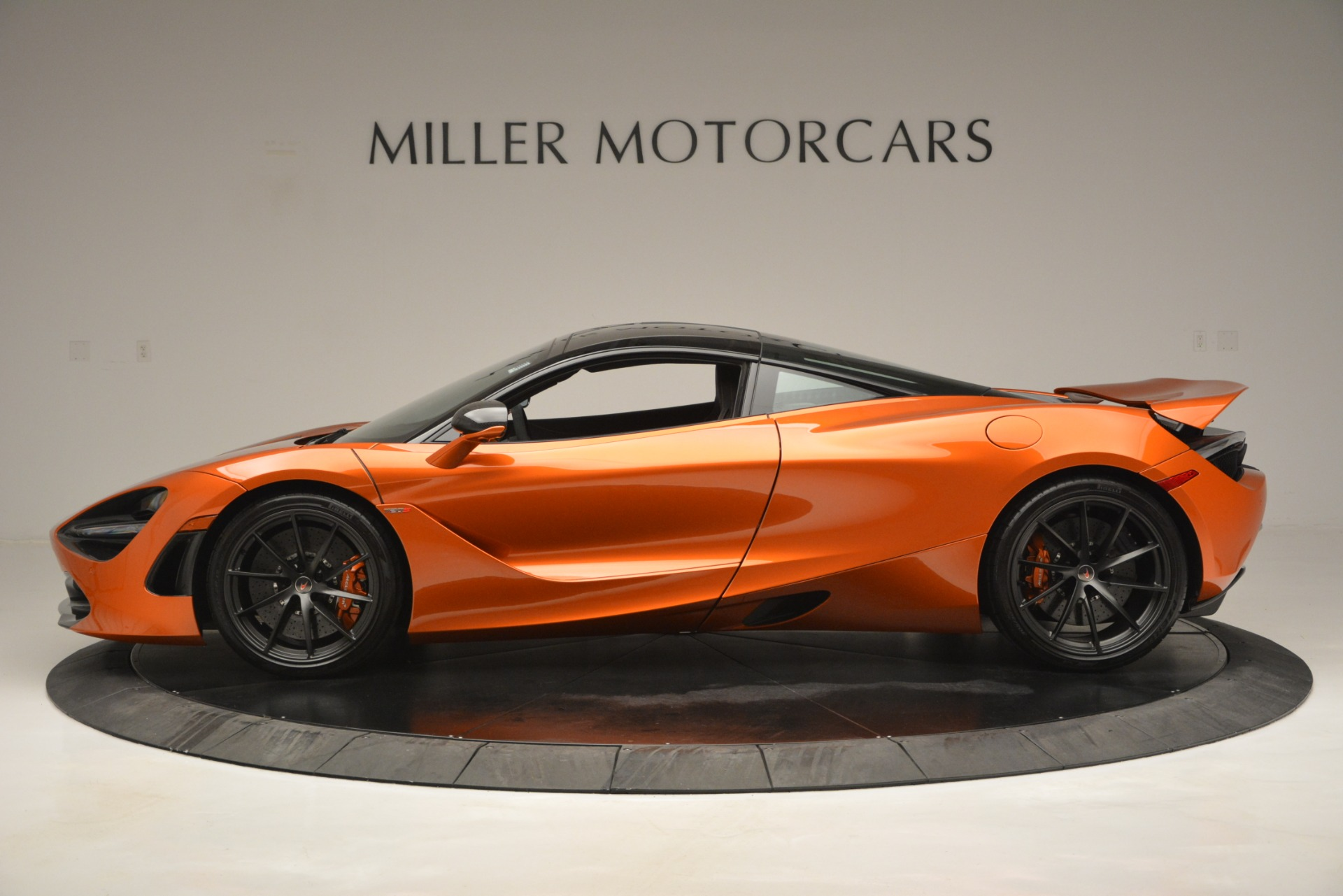 Used 2018 McLaren 720S Coupe For Sale In Greenwich, CT 2870_p3