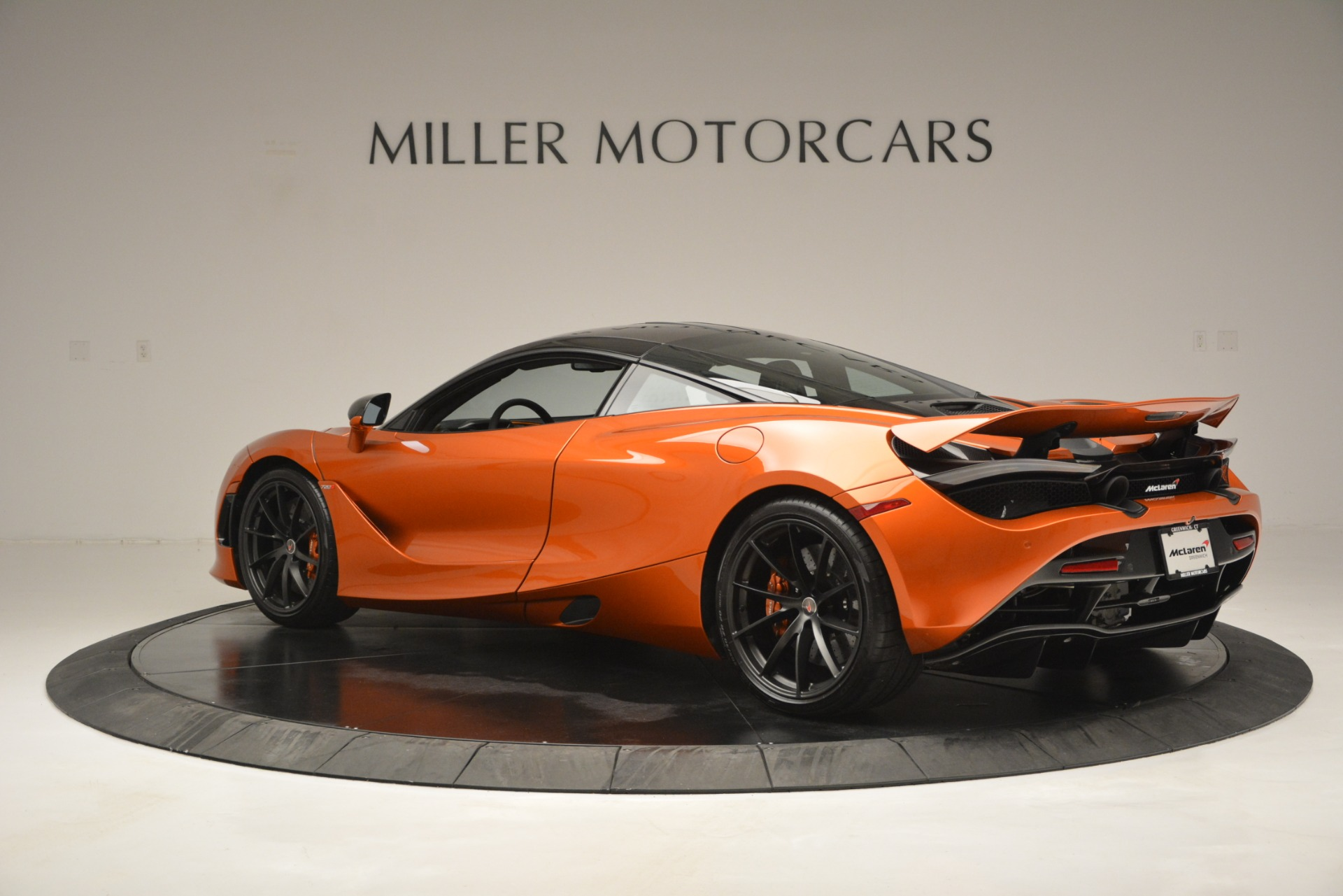 Used 2018 McLaren 720S Coupe For Sale In Greenwich, CT 2870_p4
