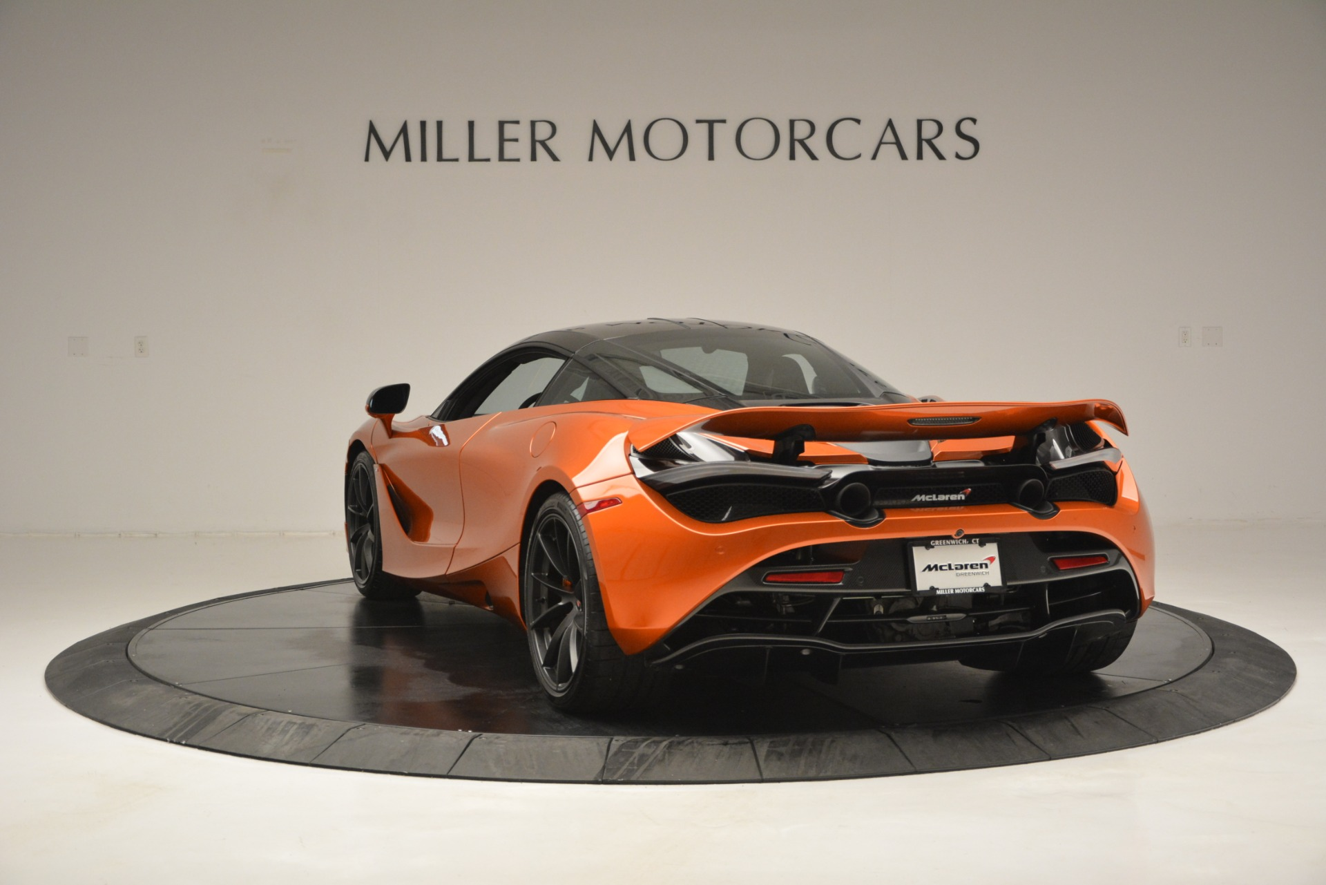 Used 2018 McLaren 720S Coupe For Sale In Greenwich, CT 2870_p5