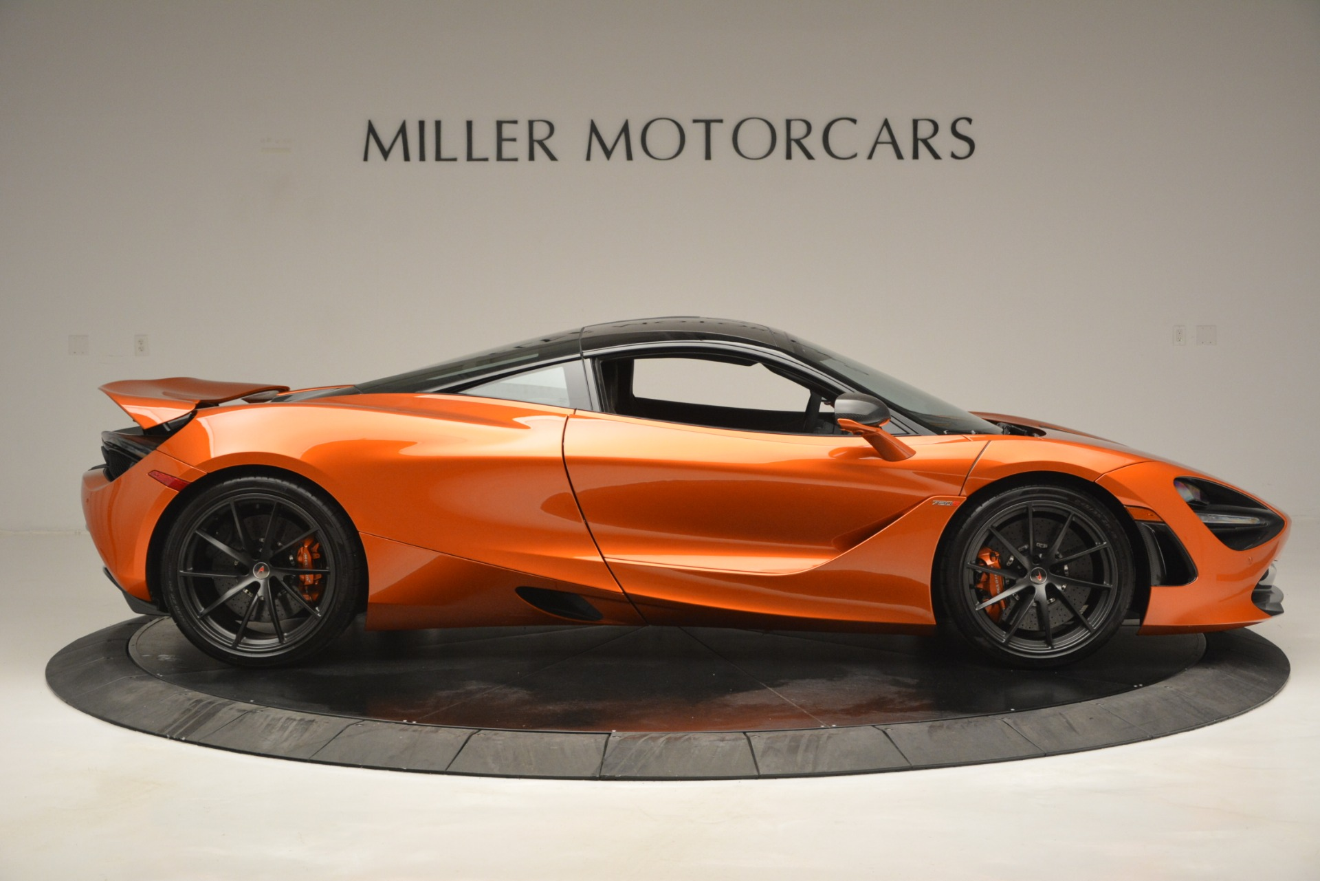 Used 2018 McLaren 720S Coupe For Sale In Greenwich, CT 2870_p9