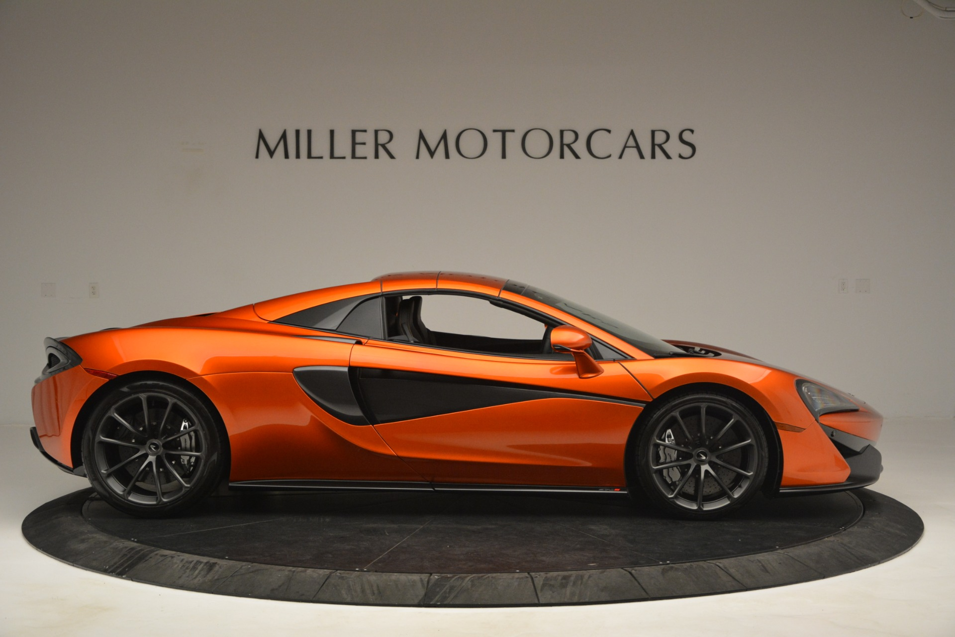New 2019 McLaren 570S Spider Convertible For Sale In Greenwich, CT 2872_p20