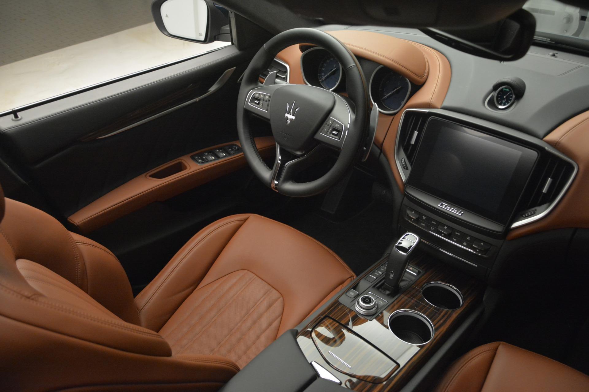 New 2019 Maserati Ghibli S Q4 GranLusso For Sale In Greenwich, CT 2882_p24