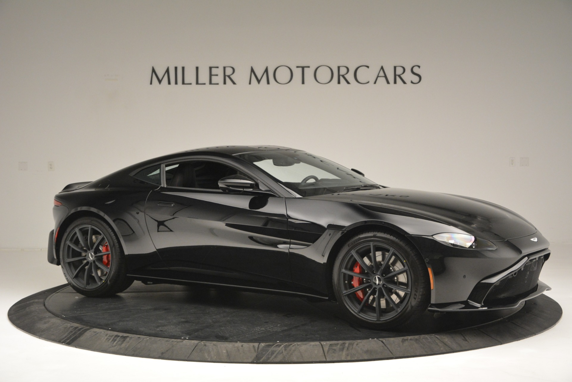 New 2019 Aston Martin Vantage  For Sale In Greenwich, CT 2886_p10