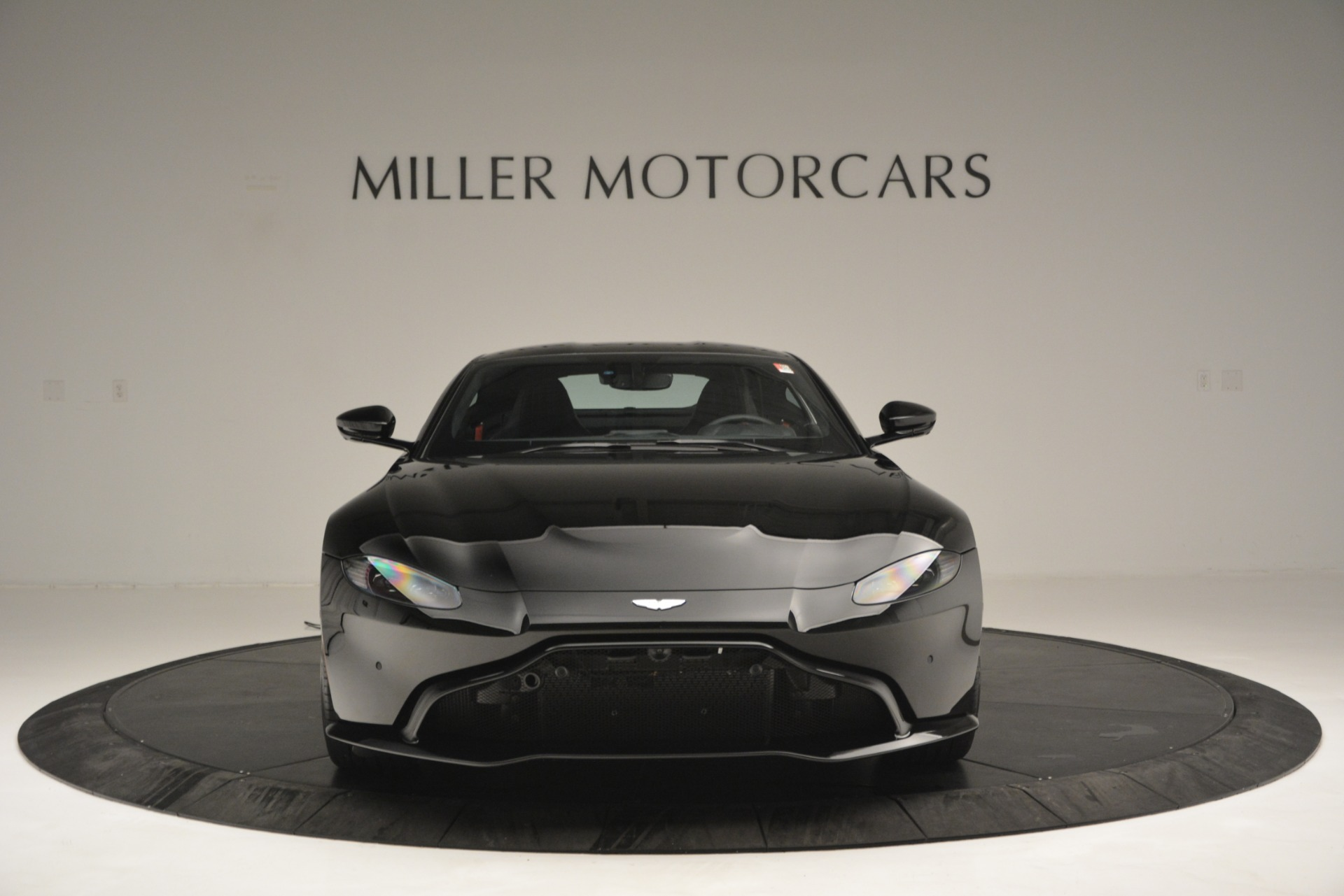 New 2019 Aston Martin Vantage  For Sale In Greenwich, CT 2886_p12