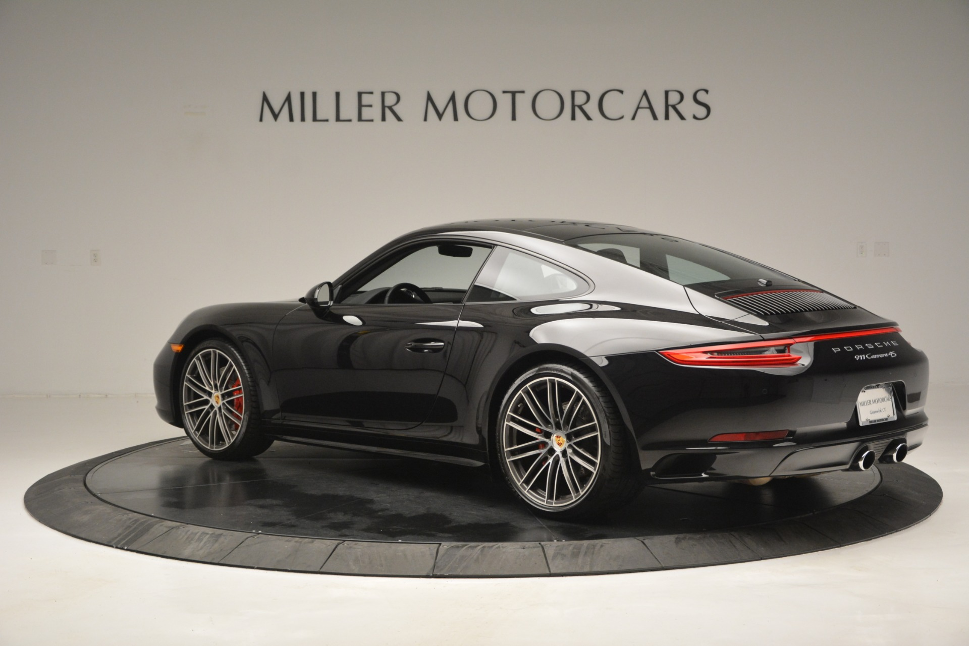 Used 2017 Porsche 911 Carrera 4S For Sale In Greenwich, CT 2887_p4