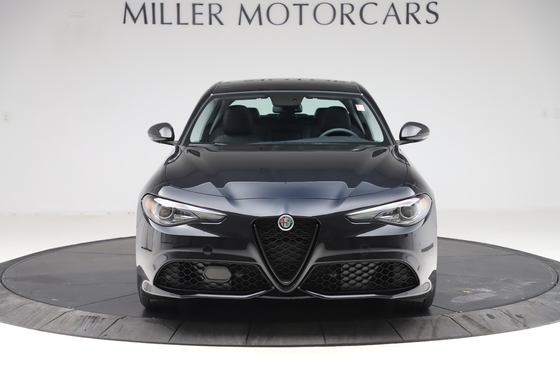 New 2019 Alfa Romeo Giulia Sport Q4 For Sale In Greenwich, CT 2890_p12