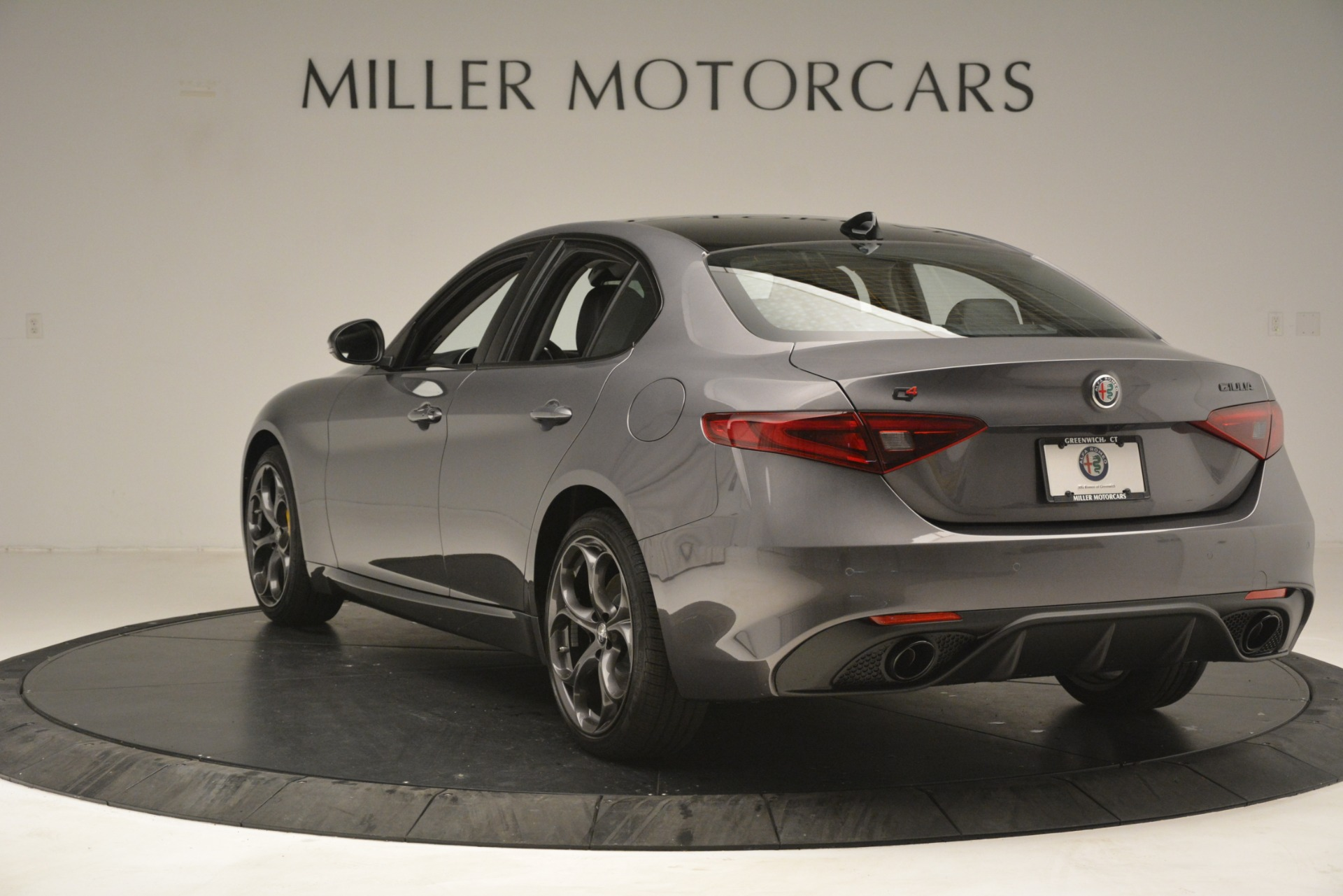 New 2019 Alfa Romeo Giulia Sport Q4 For Sale In Greenwich, CT 2893_p5