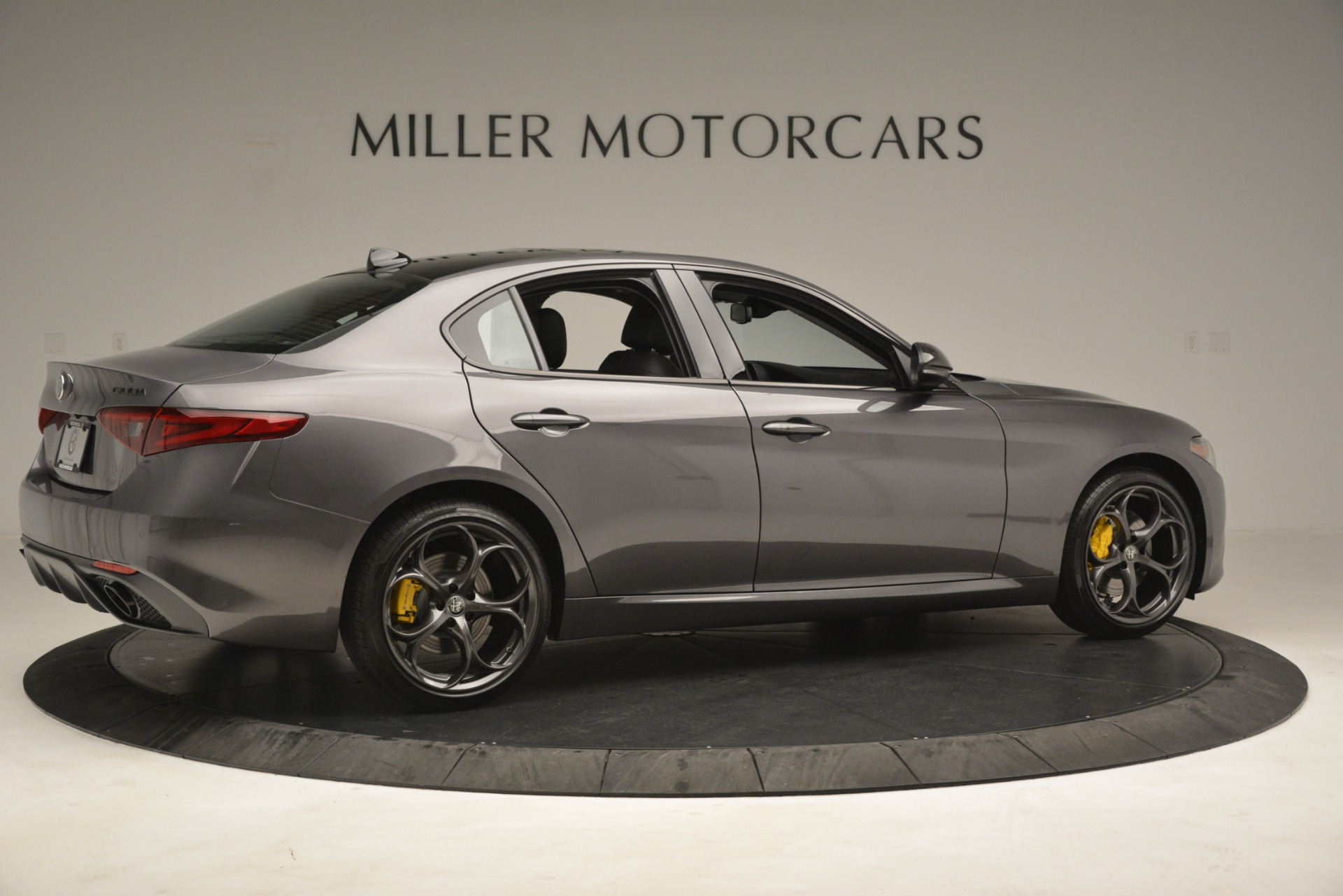 New 2019 Alfa Romeo Giulia Sport Q4 For Sale In Greenwich, CT 2893_p8