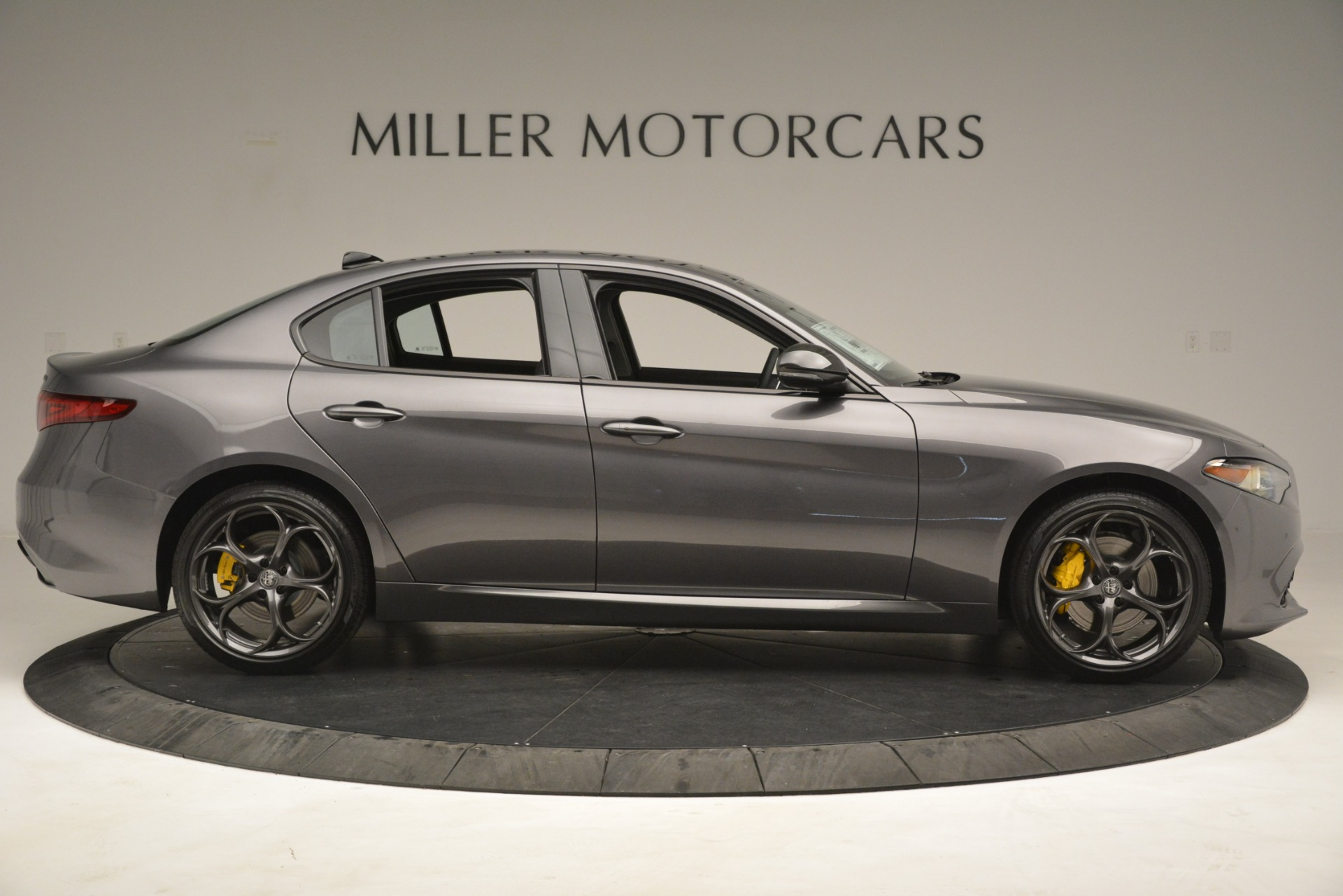 New 2019 Alfa Romeo Giulia Sport Q4 For Sale In Greenwich, CT 2893_p9