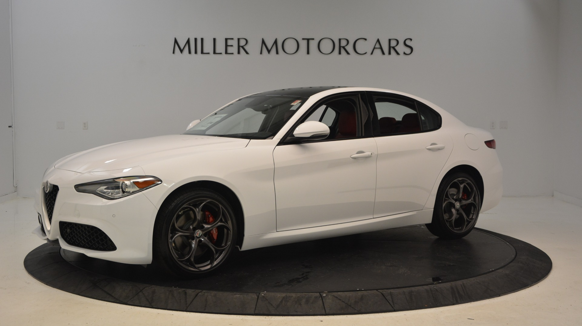 New 2019 Alfa Romeo Giulia Ti Sport Q4 For Sale In Greenwich, CT 2897_p2