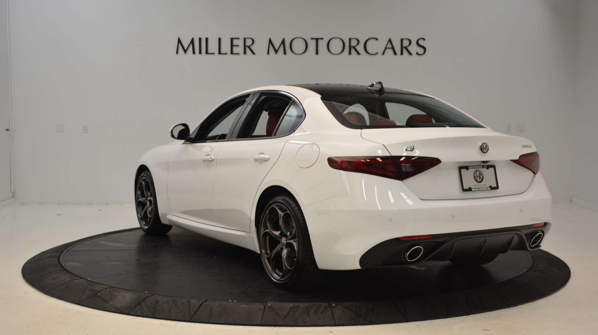 New 2019 Alfa Romeo Giulia Ti Sport Q4 For Sale In Greenwich, CT 2897_p5