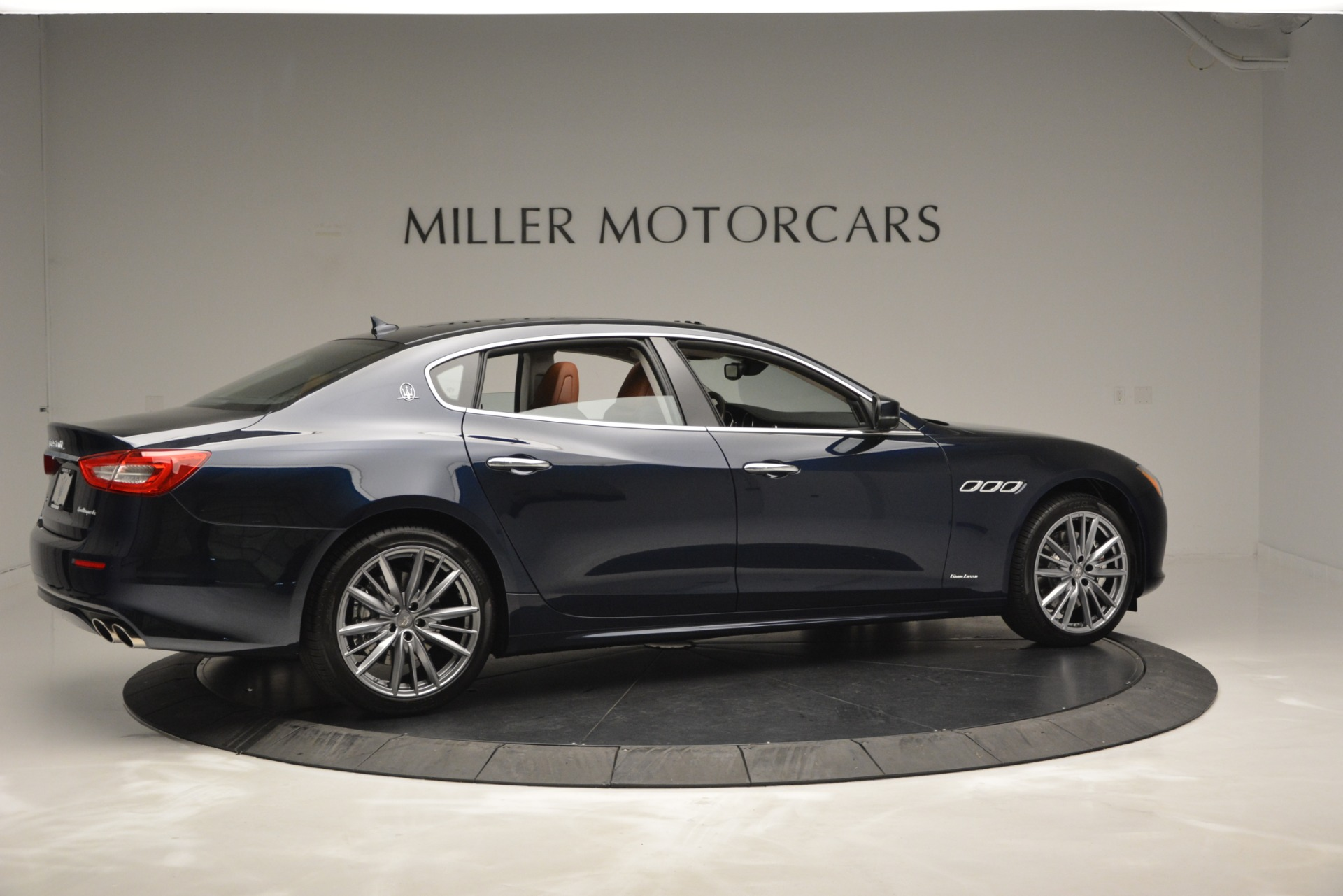 New 2019 Maserati Quattroporte S Q4 GranLusso Edizione Nobile For Sale In Greenwich, CT 2898_p13