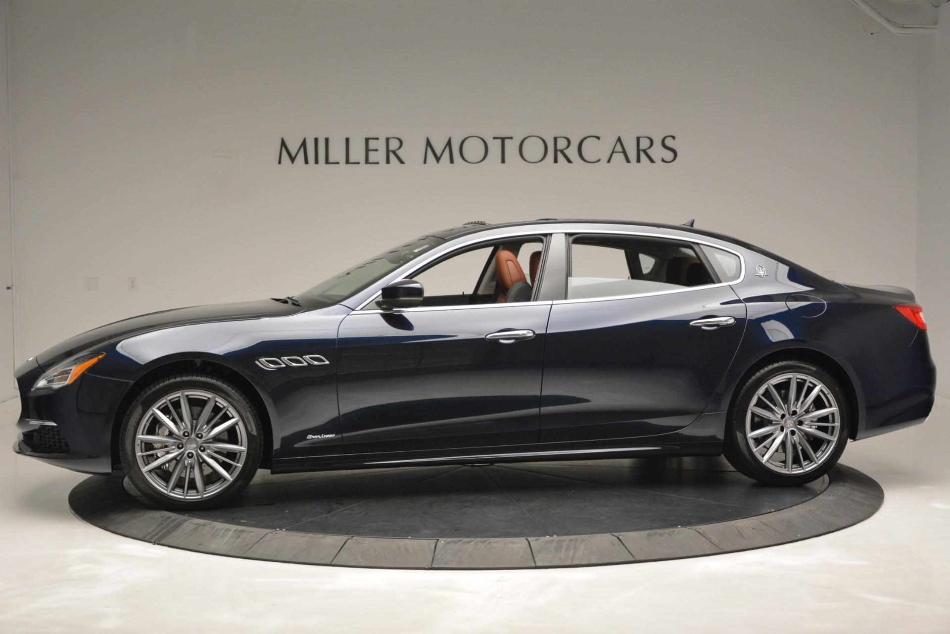 New 2019 Maserati Quattroporte S Q4 GranLusso Edizione Nobile For Sale In Greenwich, CT 2898_p4