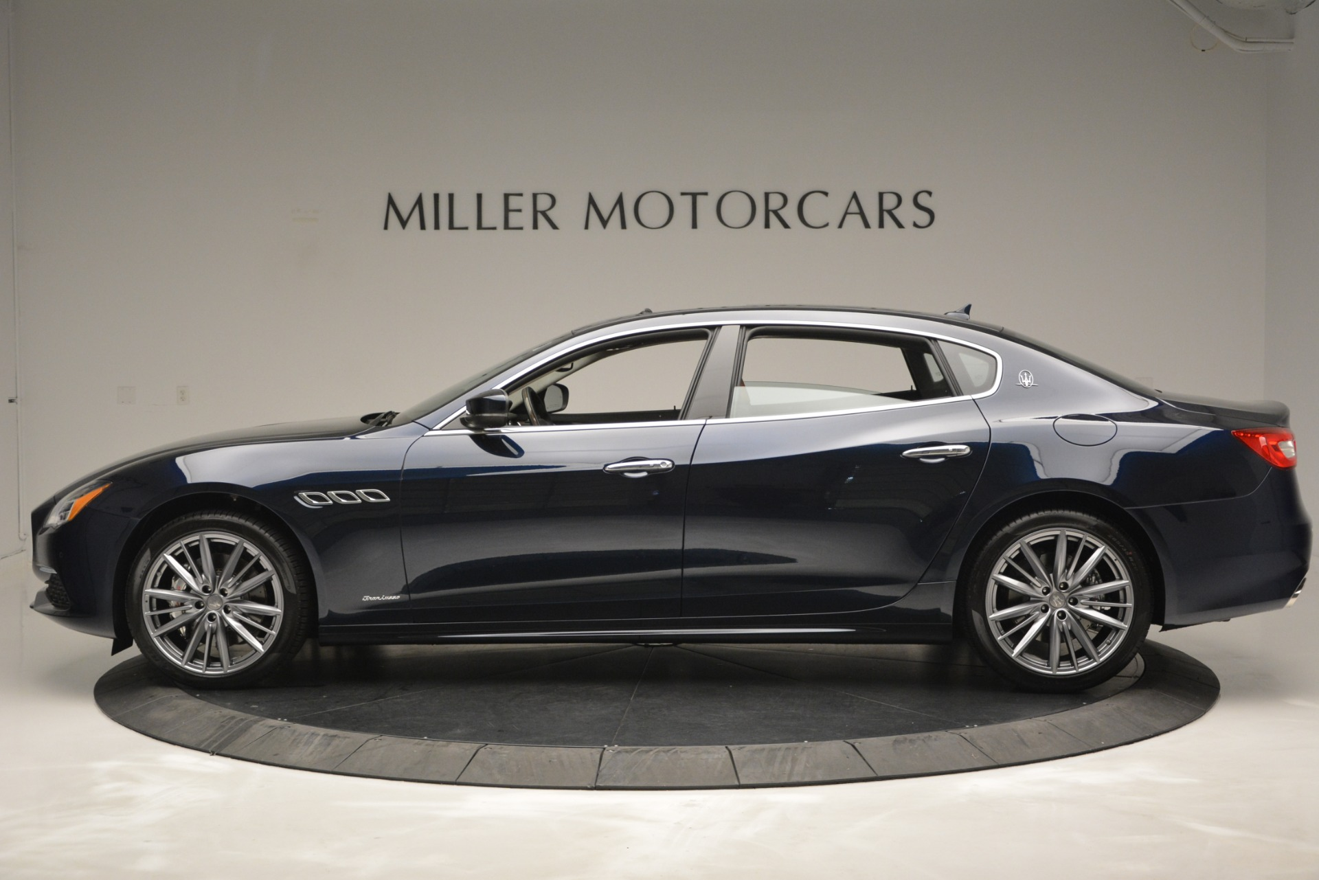 New 2019 Maserati Quattroporte S Q4 GranLusso Edizione Nobile For Sale In Greenwich, CT 2898_p5