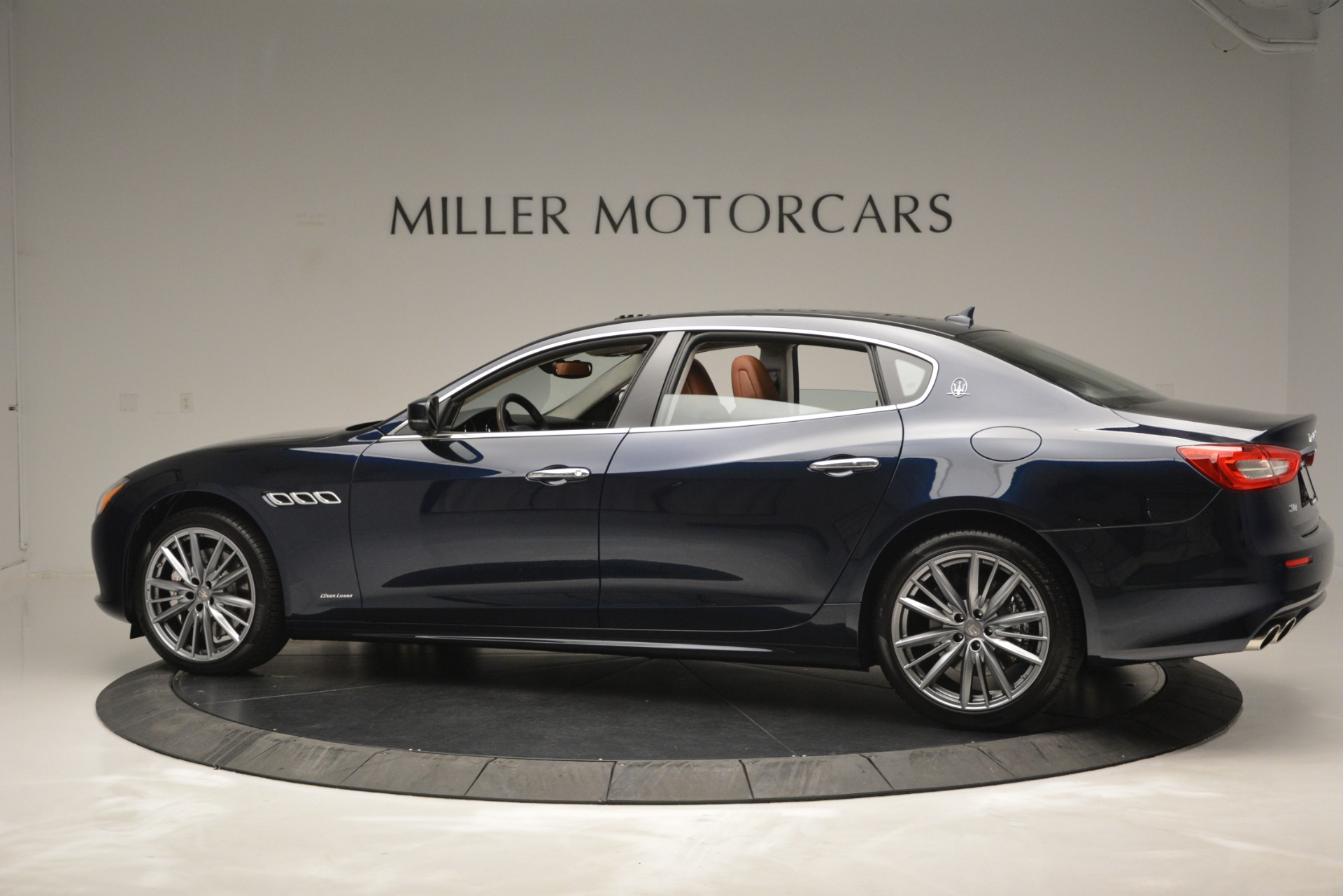 New 2019 Maserati Quattroporte S Q4 GranLusso Edizione Nobile For Sale In Greenwich, CT 2898_p6