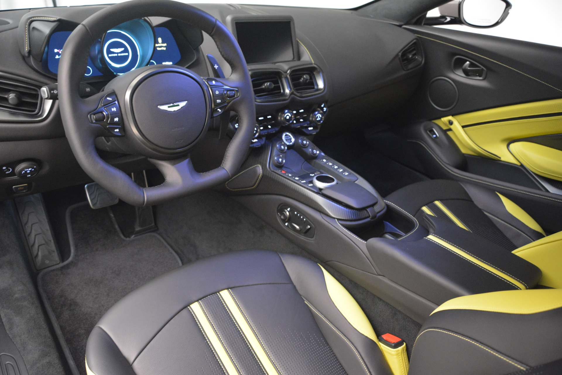 Used 2019 Aston Martin Vantage Coupe For Sale In Greenwich, CT 2901_p14