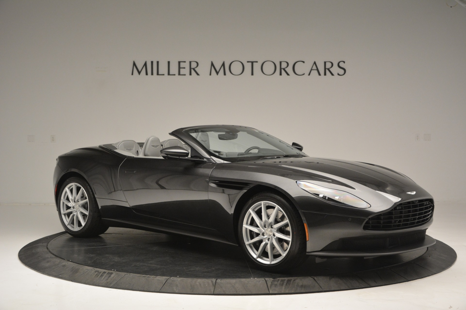 New 2019 Aston Martin DB11 V8 Convertible For Sale In Greenwich, CT 2902_p10