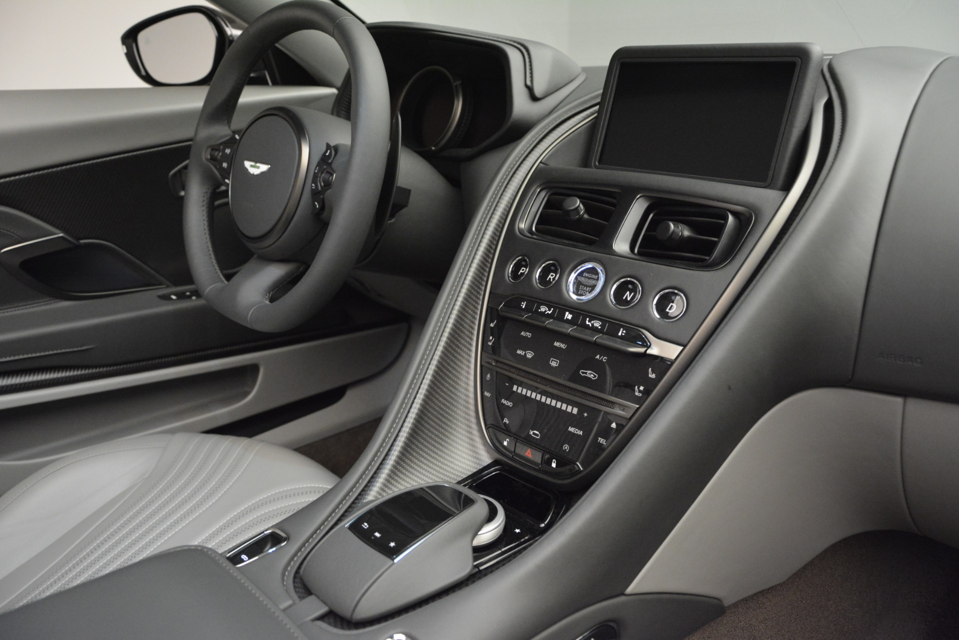 New 2019 Aston Martin DB11 V8 Convertible For Sale In Greenwich, CT 2902_p23