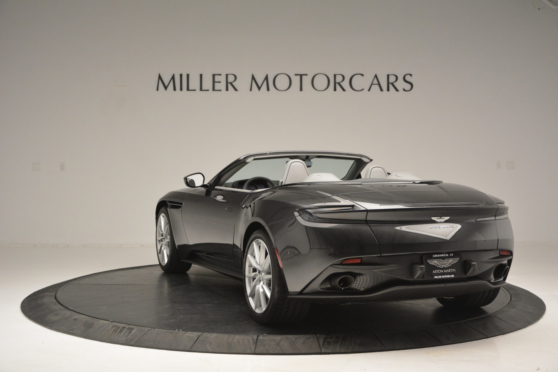 New 2019 Aston Martin DB11 V8 Convertible For Sale In Greenwich, CT 2902_p5