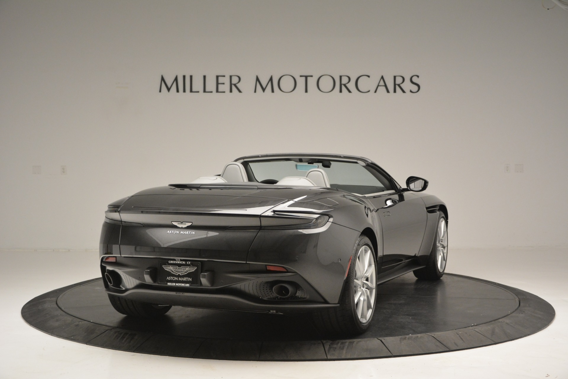 New 2019 Aston Martin DB11 V8 Convertible For Sale In Greenwich, CT 2902_p7
