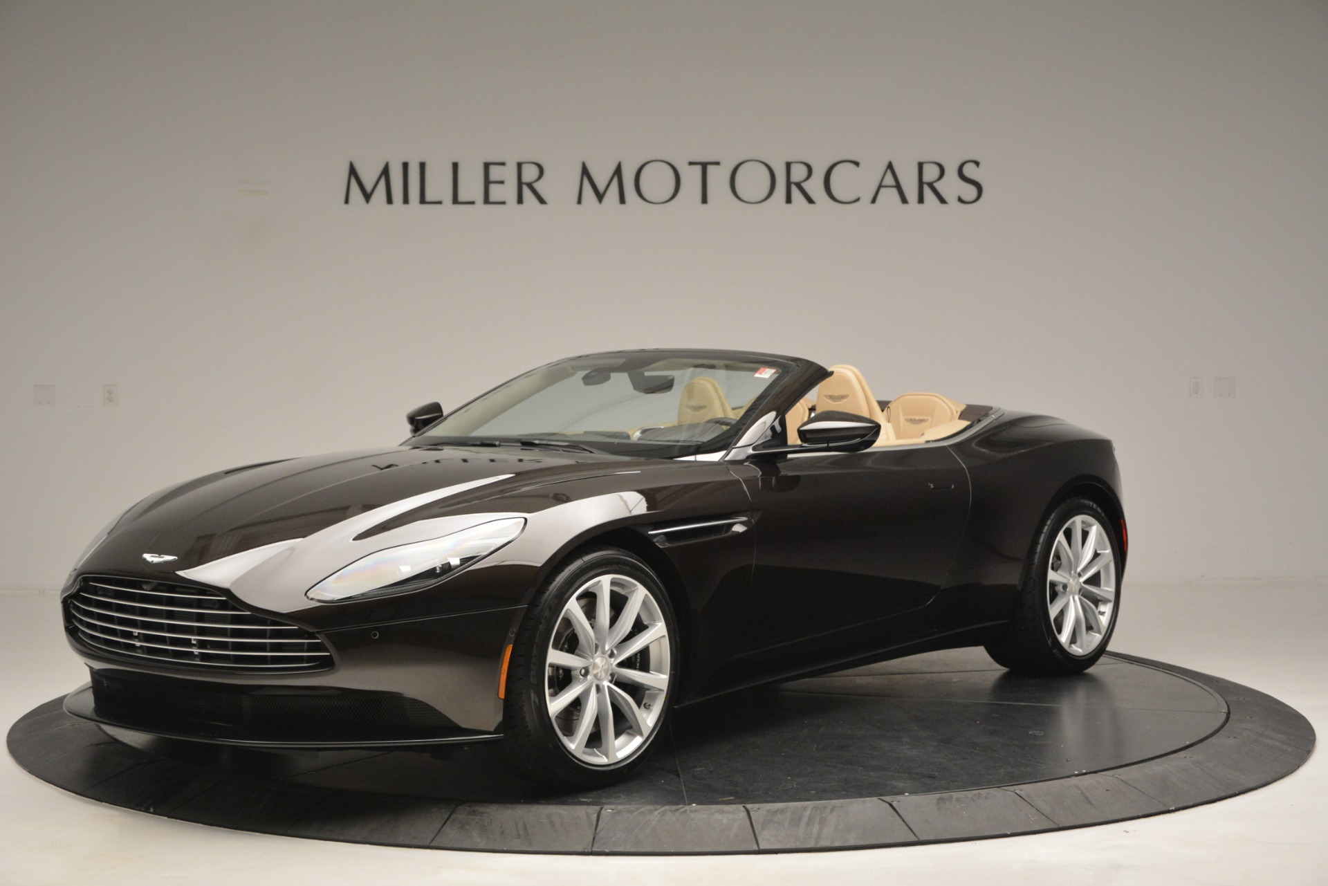 New 2019 Aston Martin DB11 V8 Convertible For Sale In Greenwich, CT 2905_main