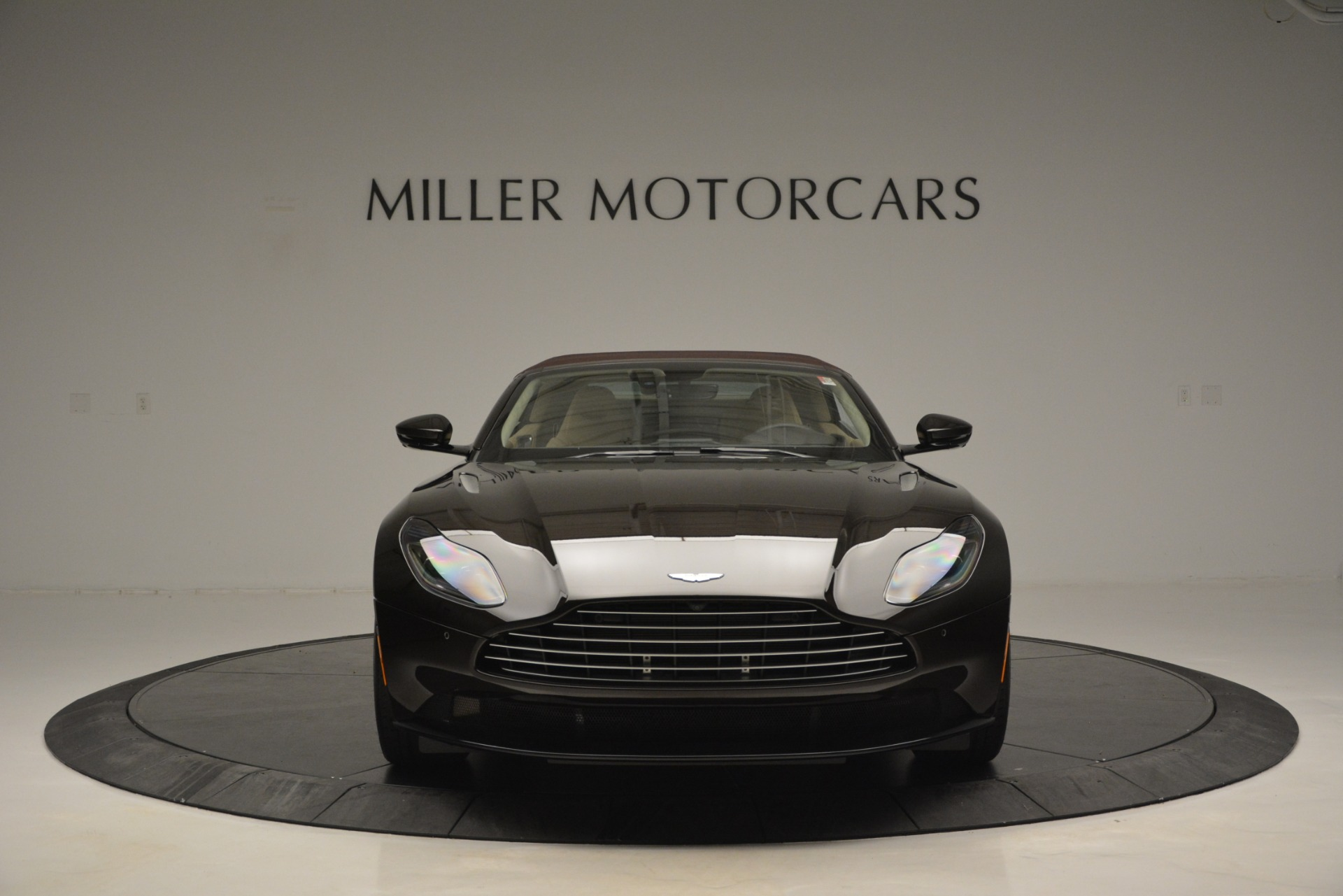 New 2019 Aston Martin DB11 V8 Convertible For Sale In Greenwich, CT 2905_p24