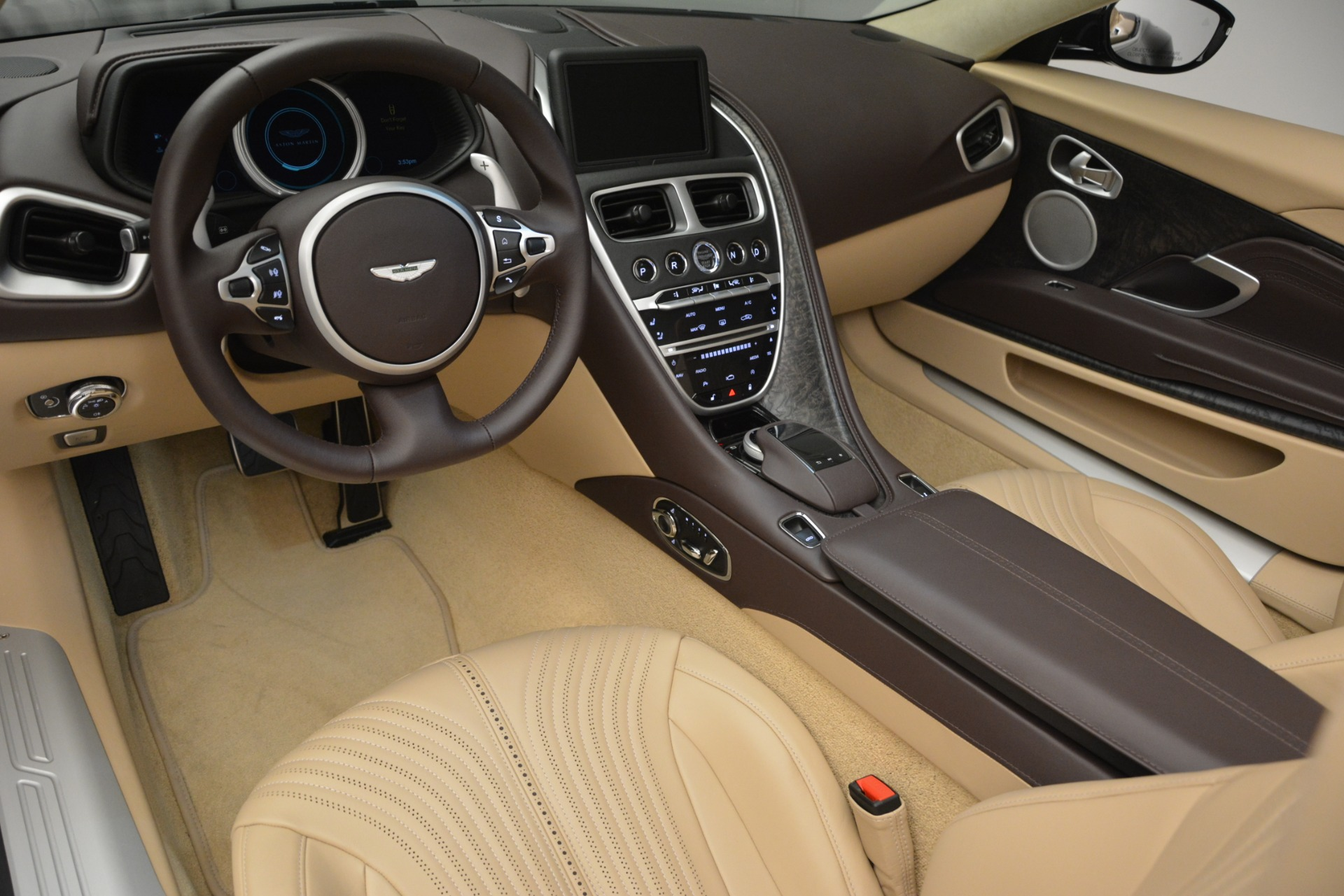 New 2019 Aston Martin DB11 V8 Convertible For Sale In Greenwich, CT 2905_p26