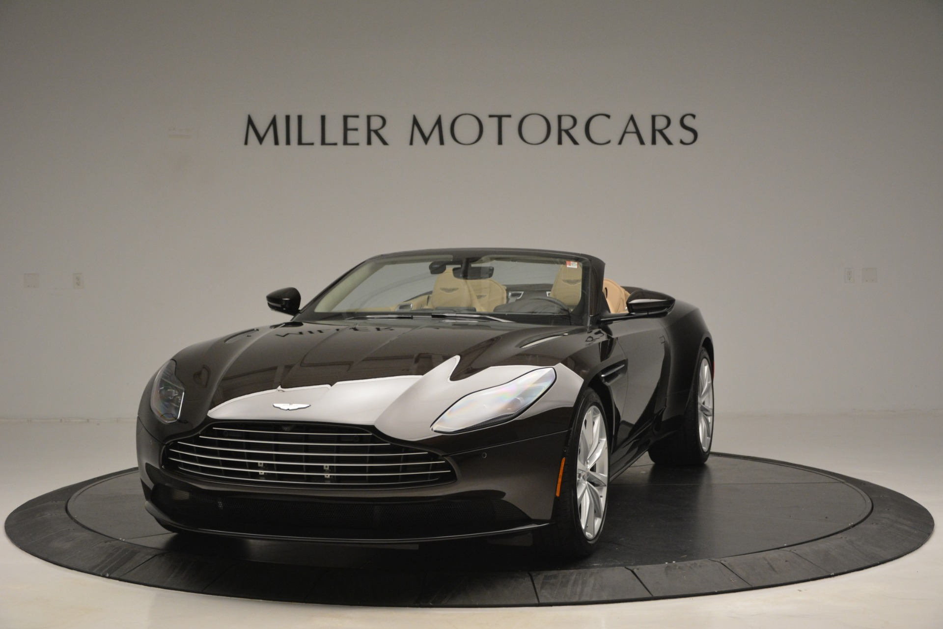 New 2019 Aston Martin DB11 V8 Convertible For Sale In Greenwich, CT 2905_p2