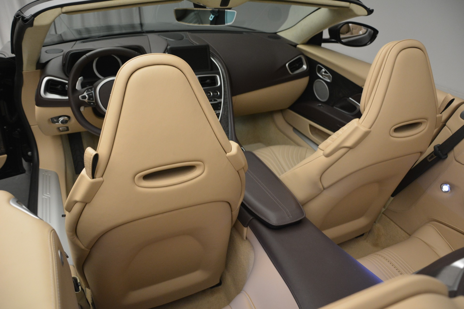 New 2019 Aston Martin DB11 V8 Convertible For Sale In Greenwich, CT 2905_p30